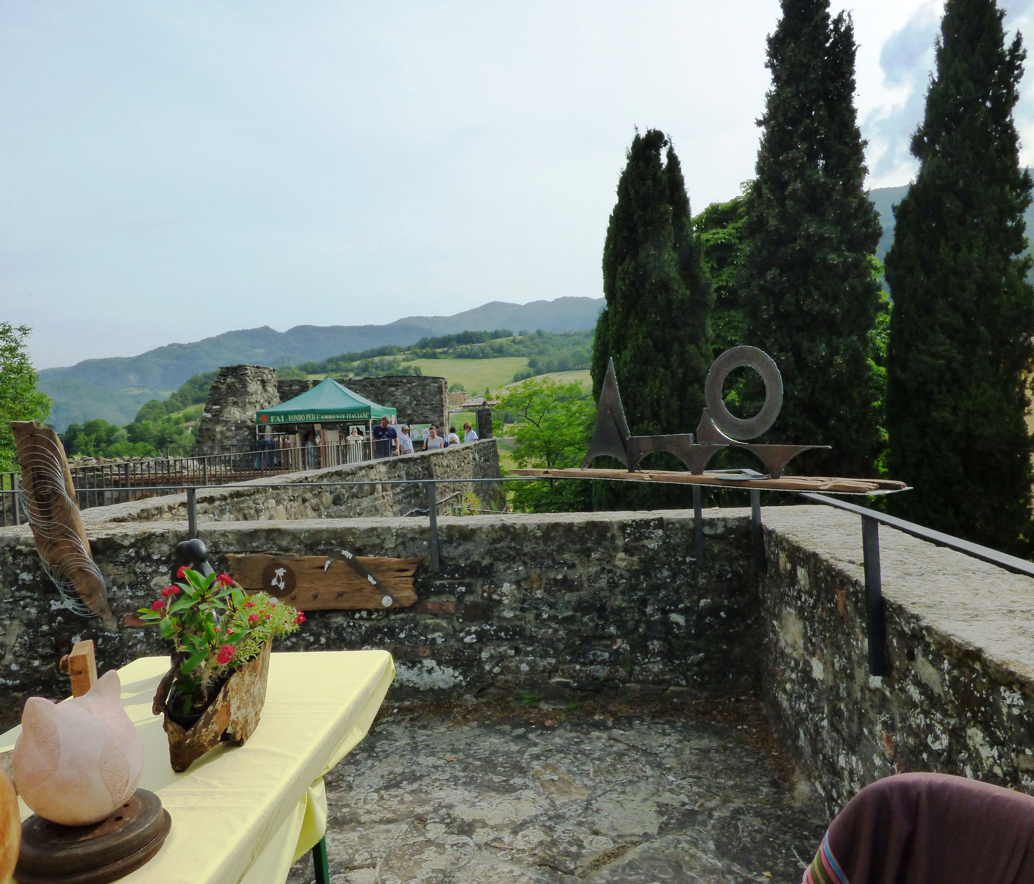 Anna Bianchi & Raffaella Londei - Artre : Bobbio - Il Castello in Fiore II ed. 28 -29 maggio 2016