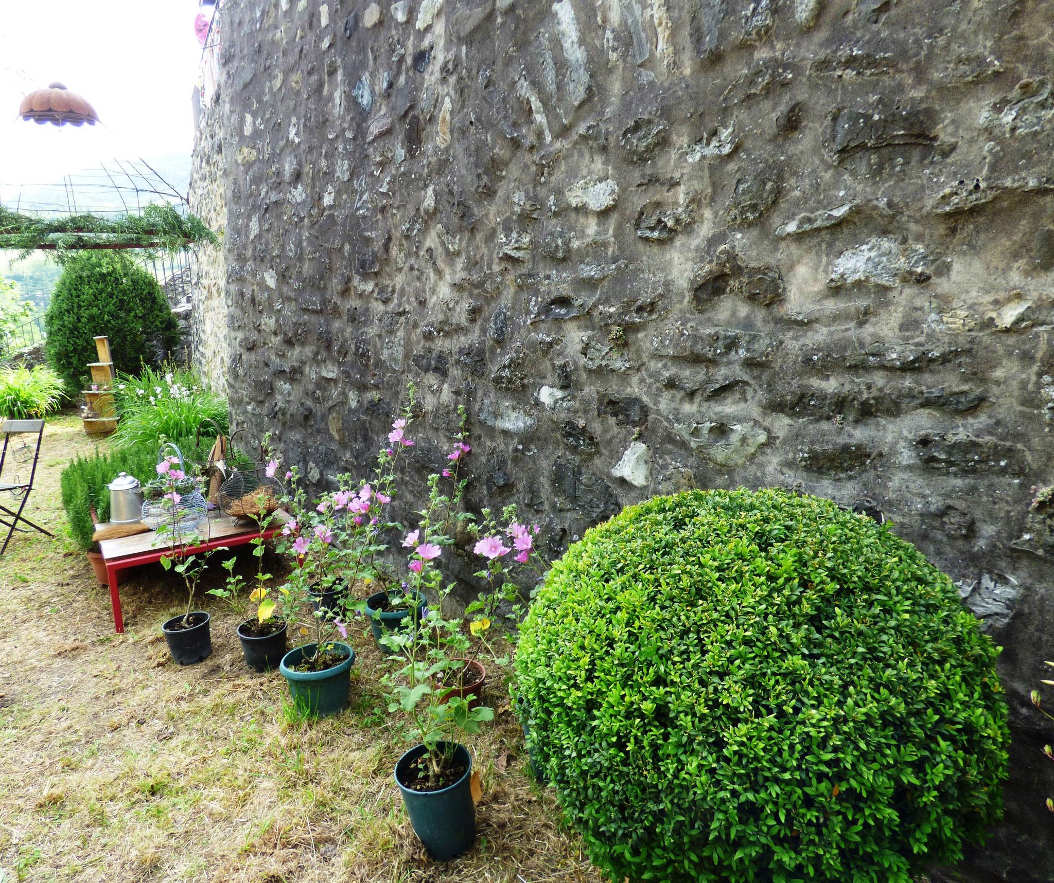 Bobbio - Il Castello in Fiore II ed. 28 -29 maggio 2016