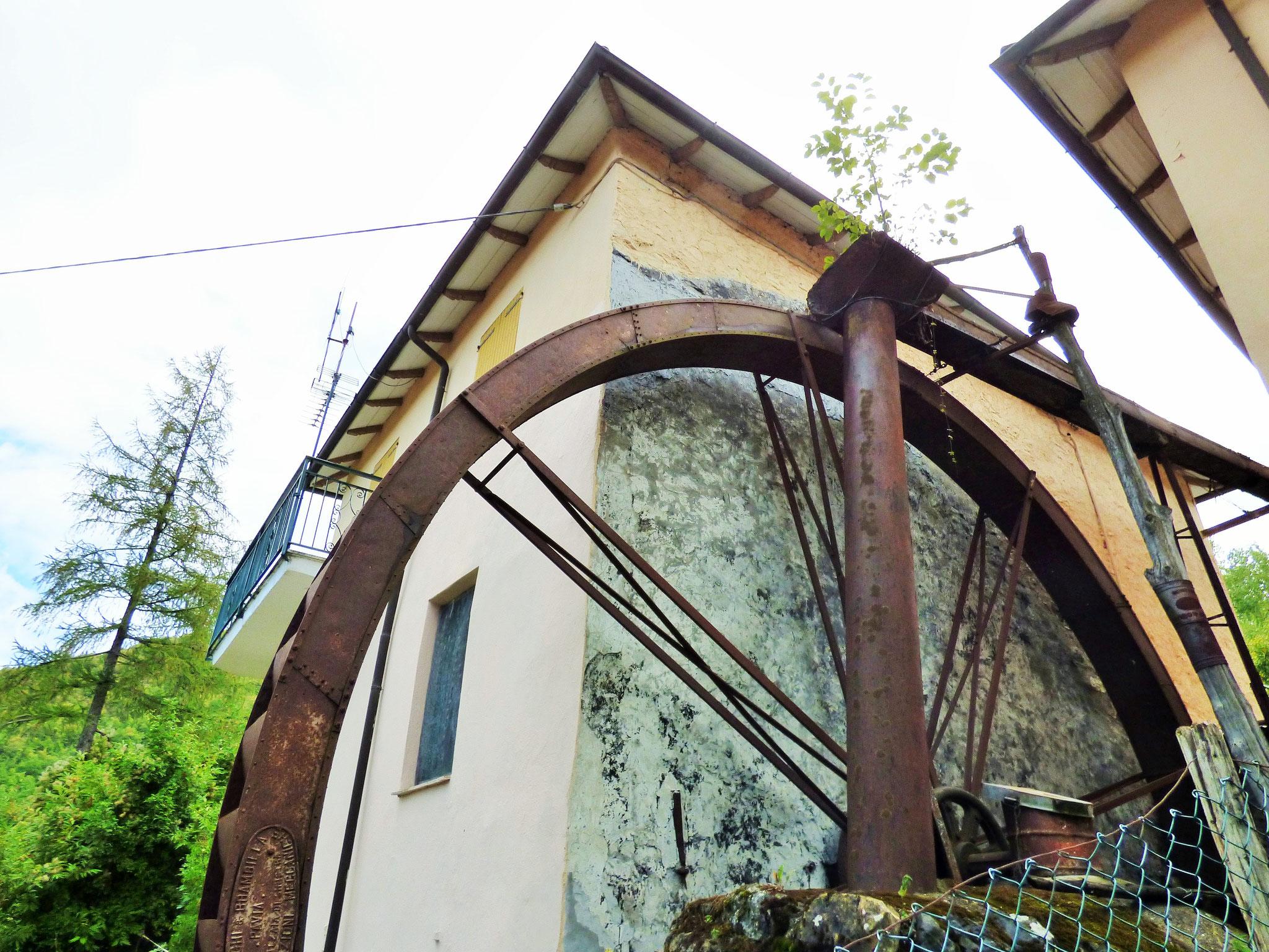 gli artigiani creativi di ArTre Artigiani Creativi Val Trebbia a Cerignale città dell'acqua 18 settembre 2016 Mostra Mercato dell'artigianato Locale con Laboratori