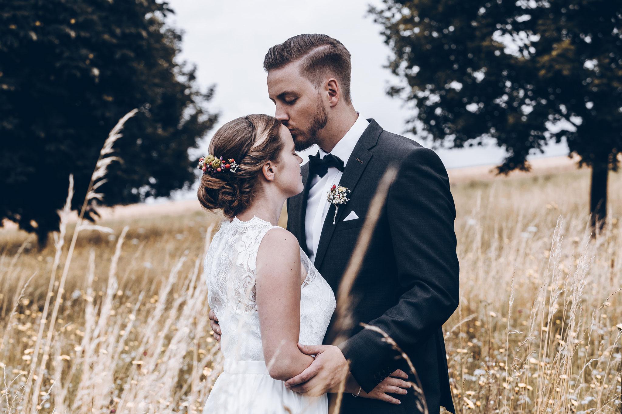 emotionale und natürliche Hochzeitsfotos Fotograf Würzburg