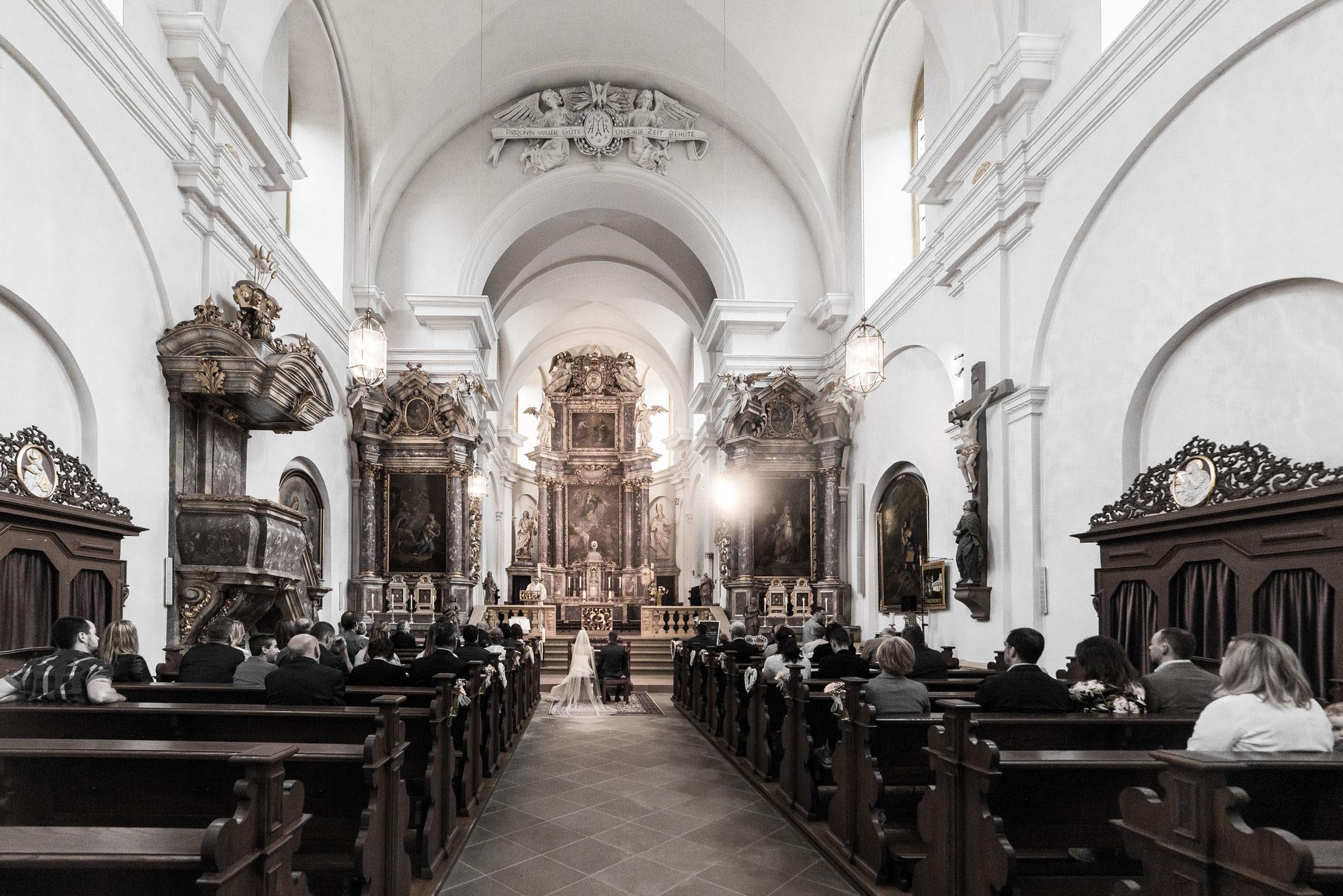 Heiraten im Augustinerkloster Fährbrück bei Hausen bei Würzburg