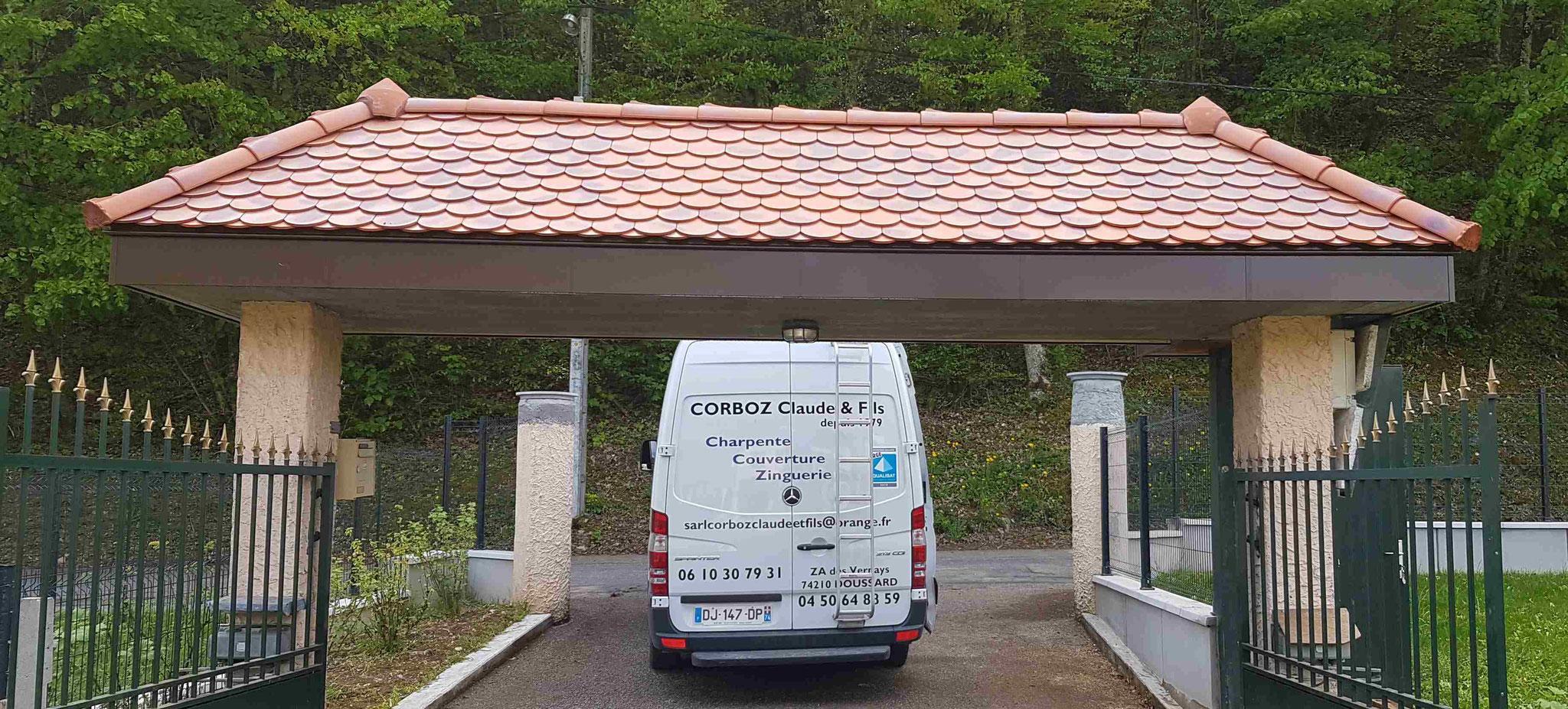 Porche portail à Faverges (74)