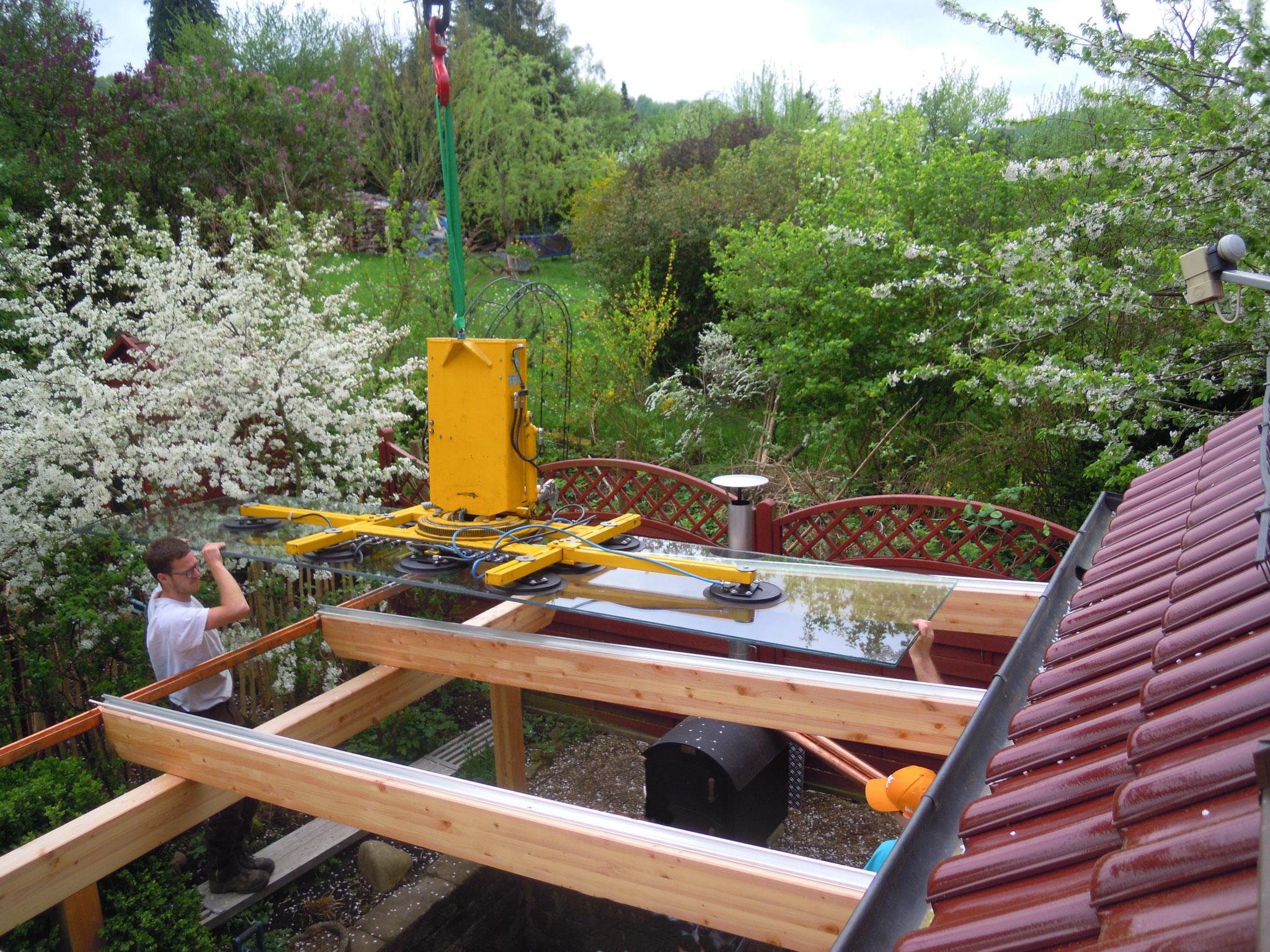 Die Terrasse soll nun mit einem Glasdach versehen werden...