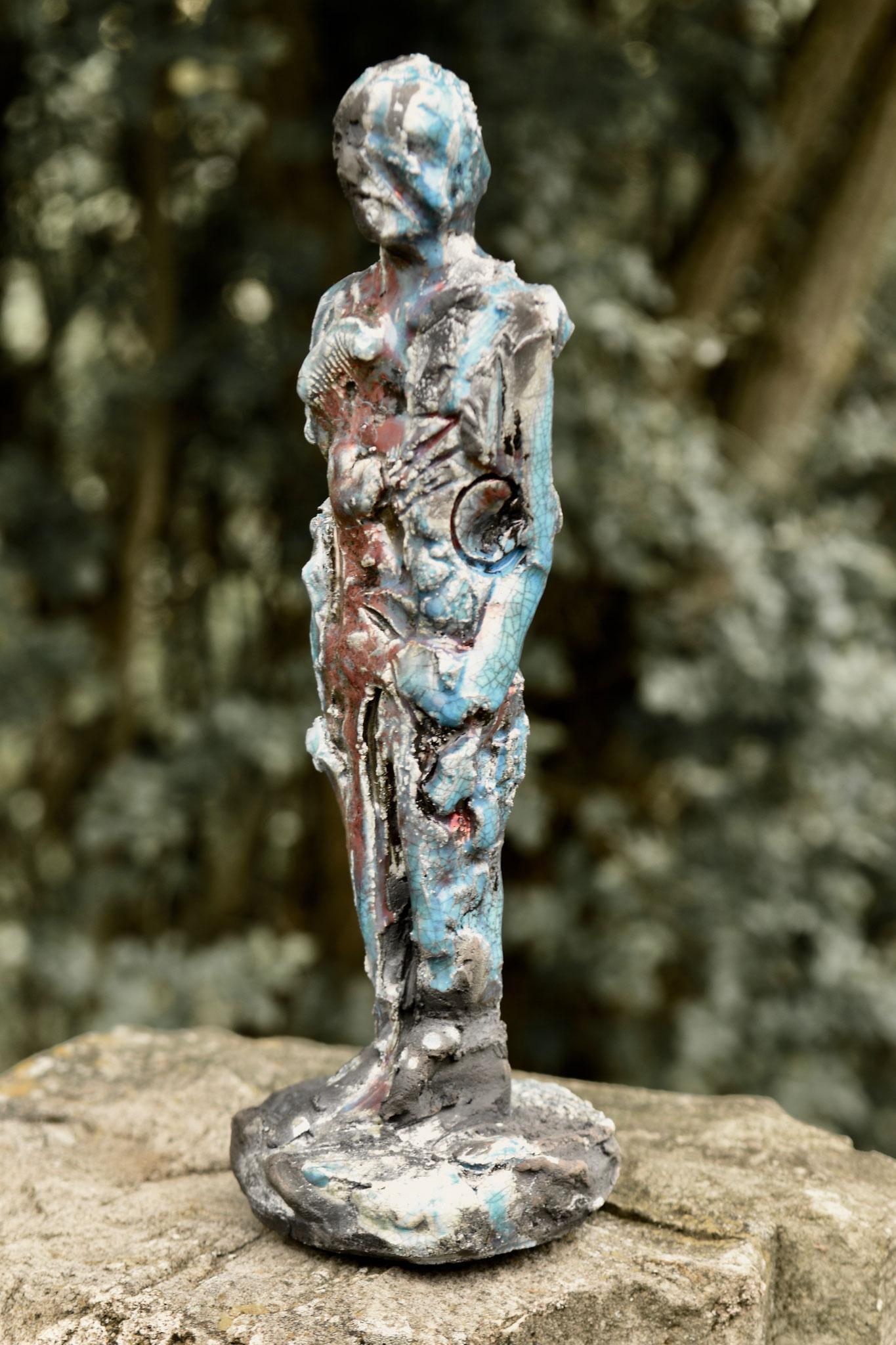 25  |  Figur  |  2019  |  Keramik Raku  |  33 cm