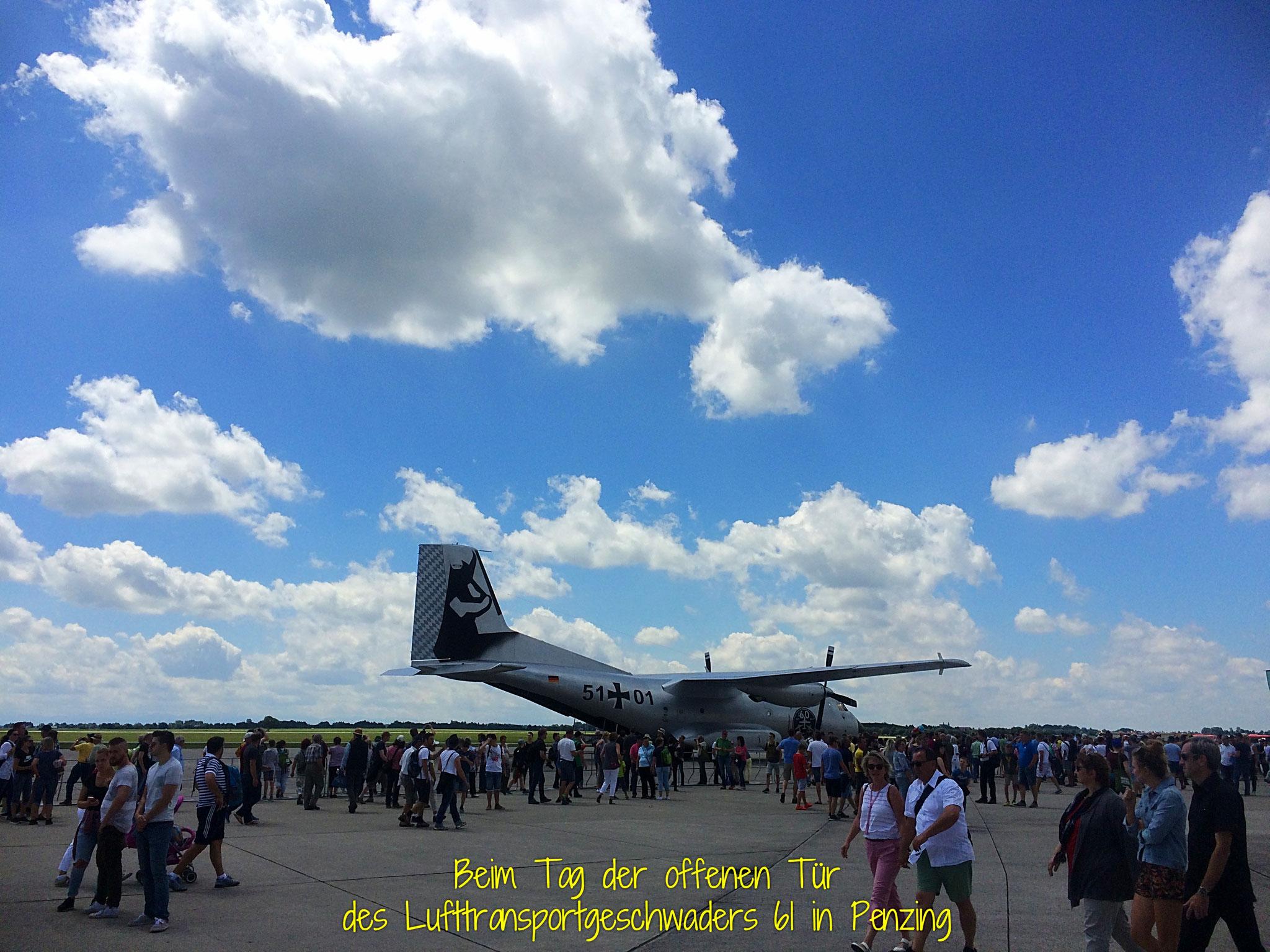 Beim Lufttransportgeschwader 61 in Penzing