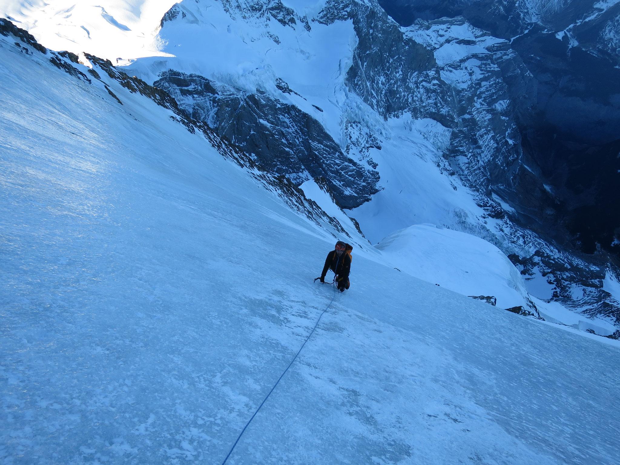 Am Ausstieg vom Mönch - hartes Eis