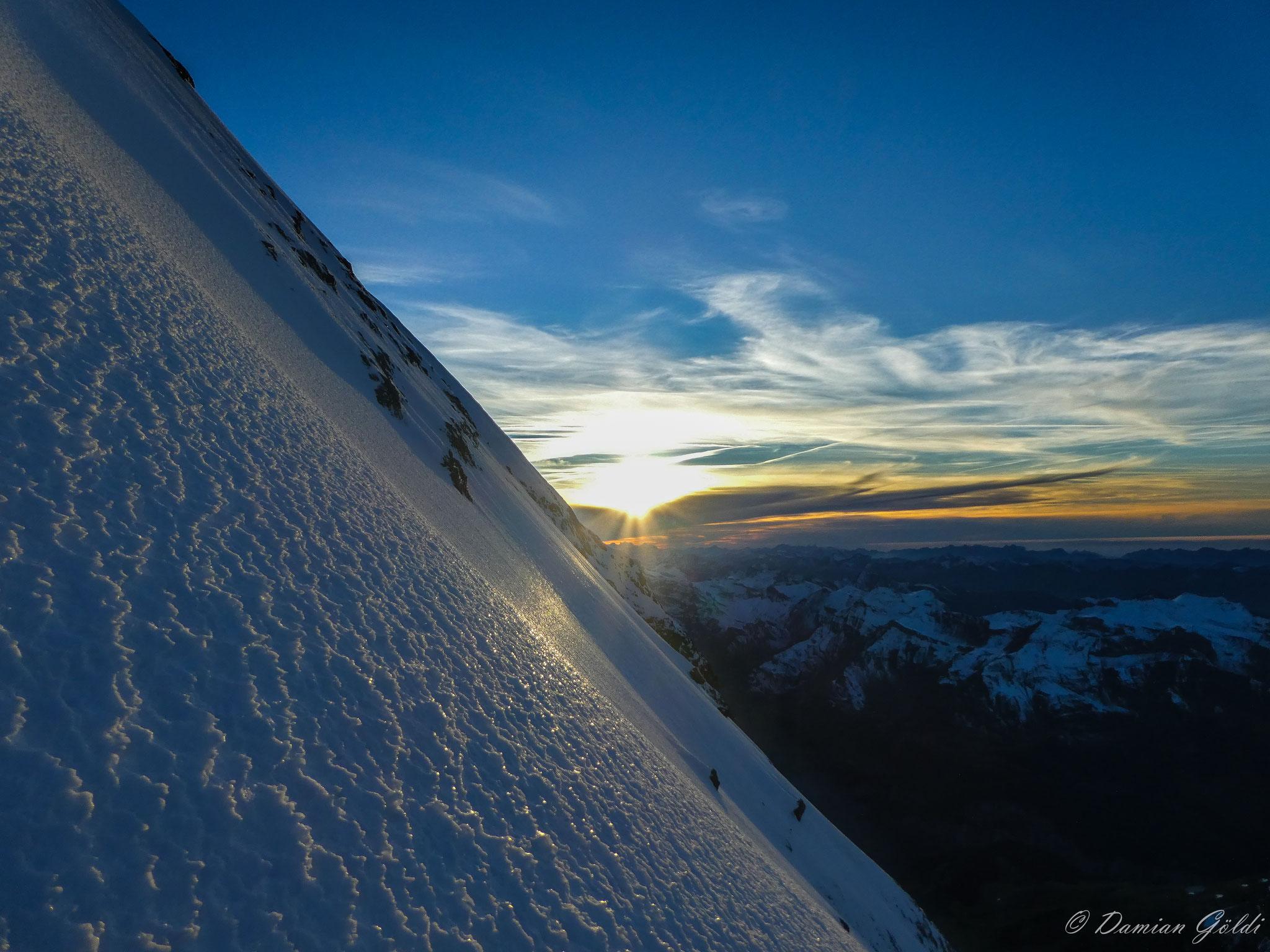 Eiger - Gipfeleisfeld, Berner Oberland. Foto: D. Göldi
