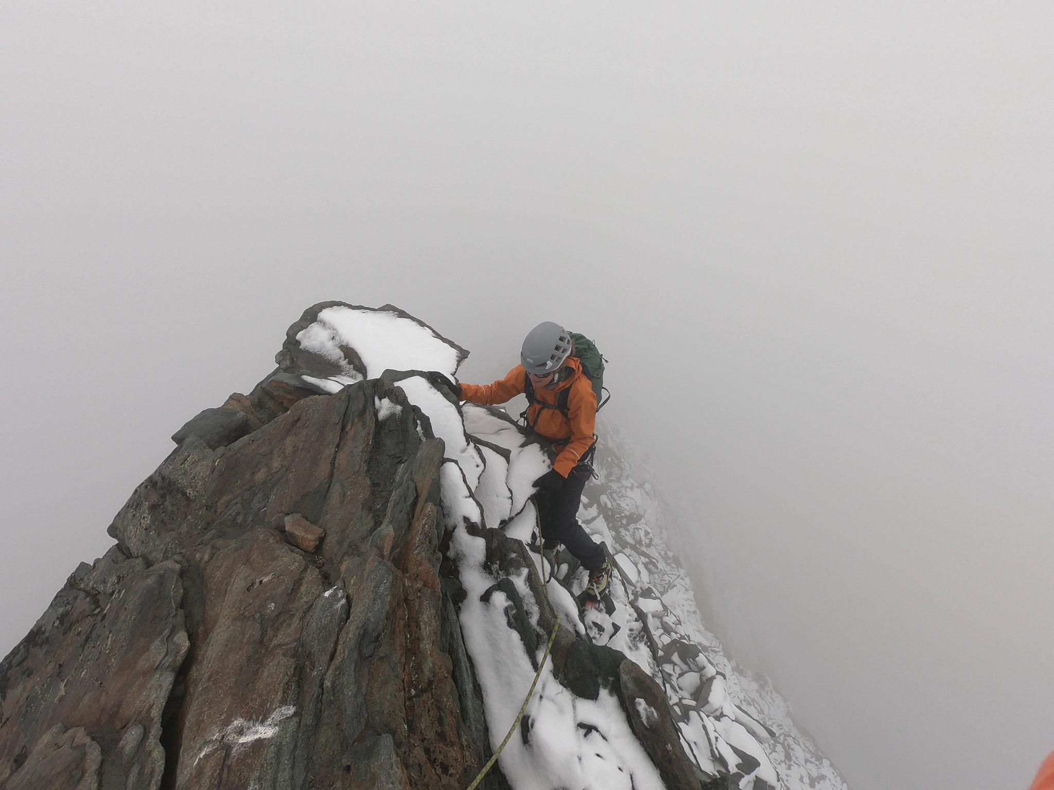 Mit Nadja über den Feechopf, bei Neuschnee und kleinem Sturm