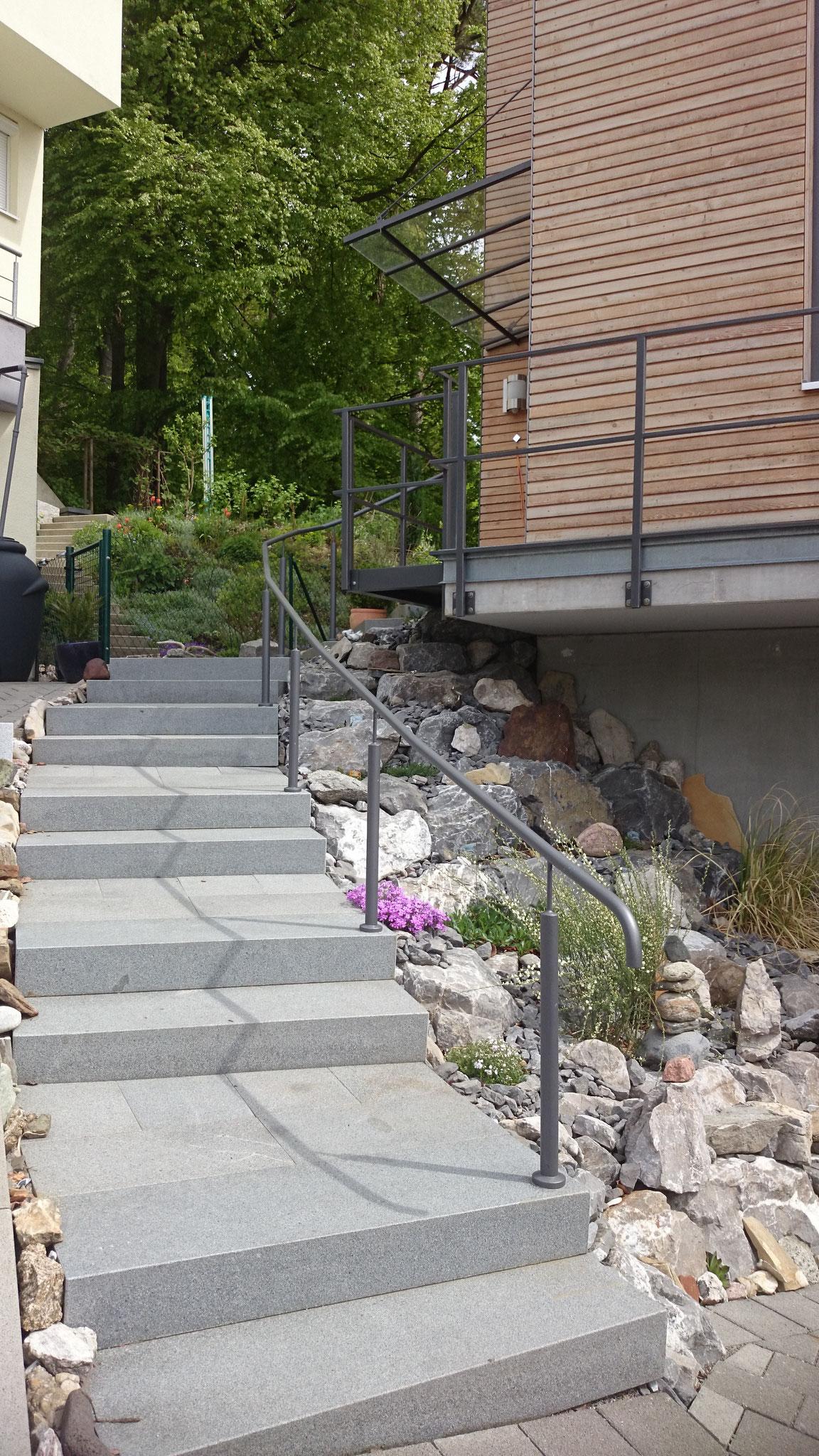 Treppe aus Granit-Bloxckstufen