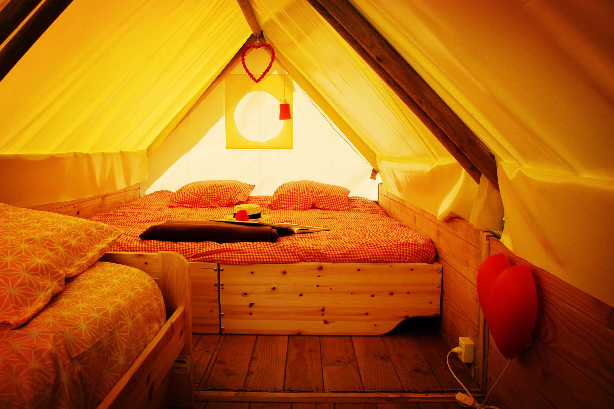 Louer un séjour insolite dans une tente perchée dans le camping en Baie de Somme