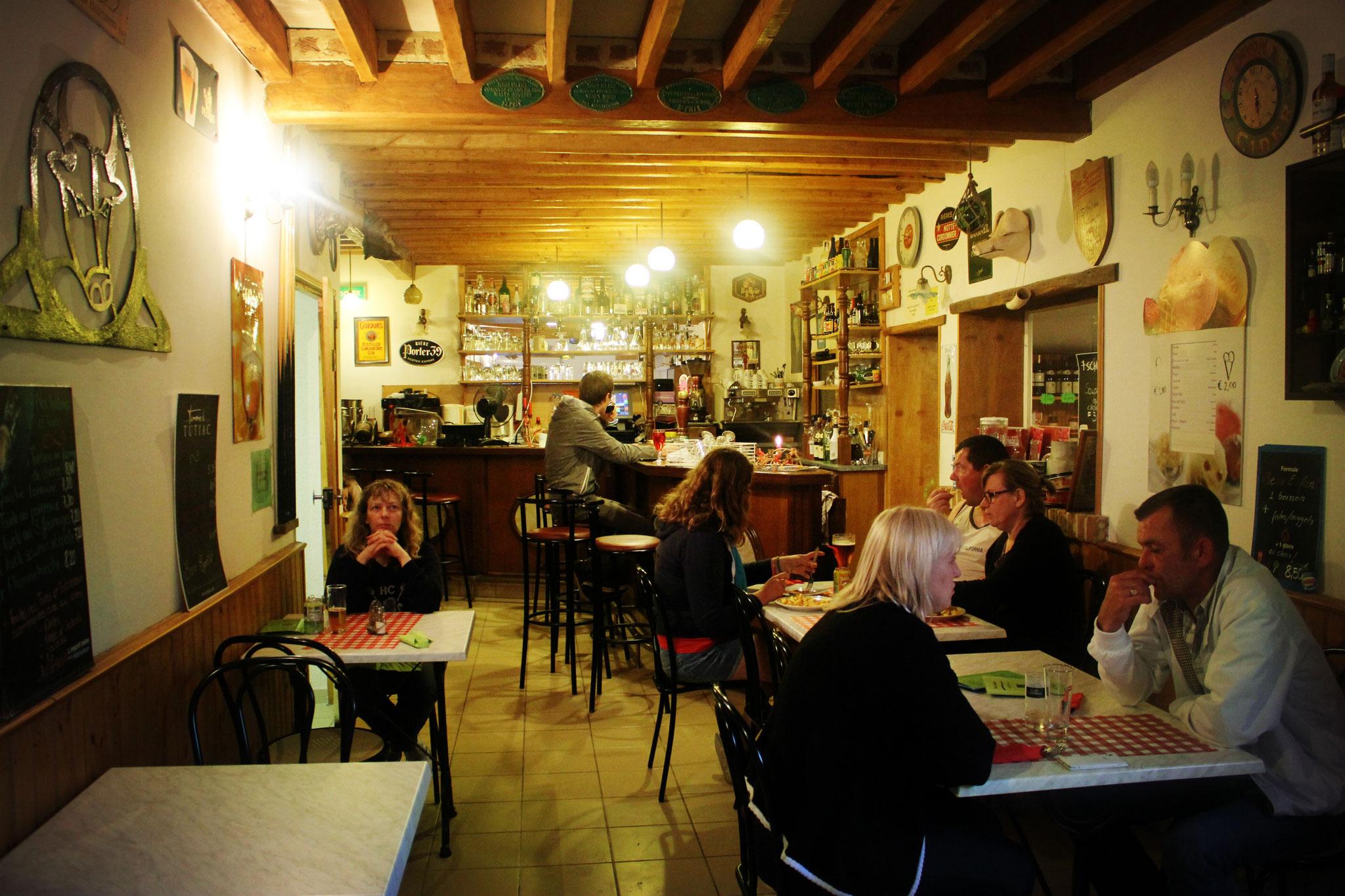 Réserver un séjour insolite avec bar et épicerie dans le camping en Baie de Somme