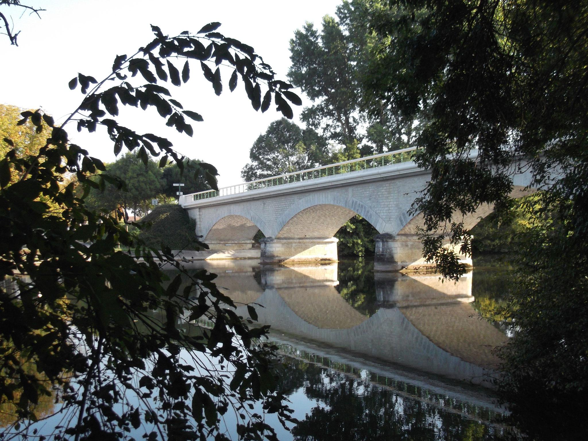 Pont de Juac à Saint-Amant-de-Graves