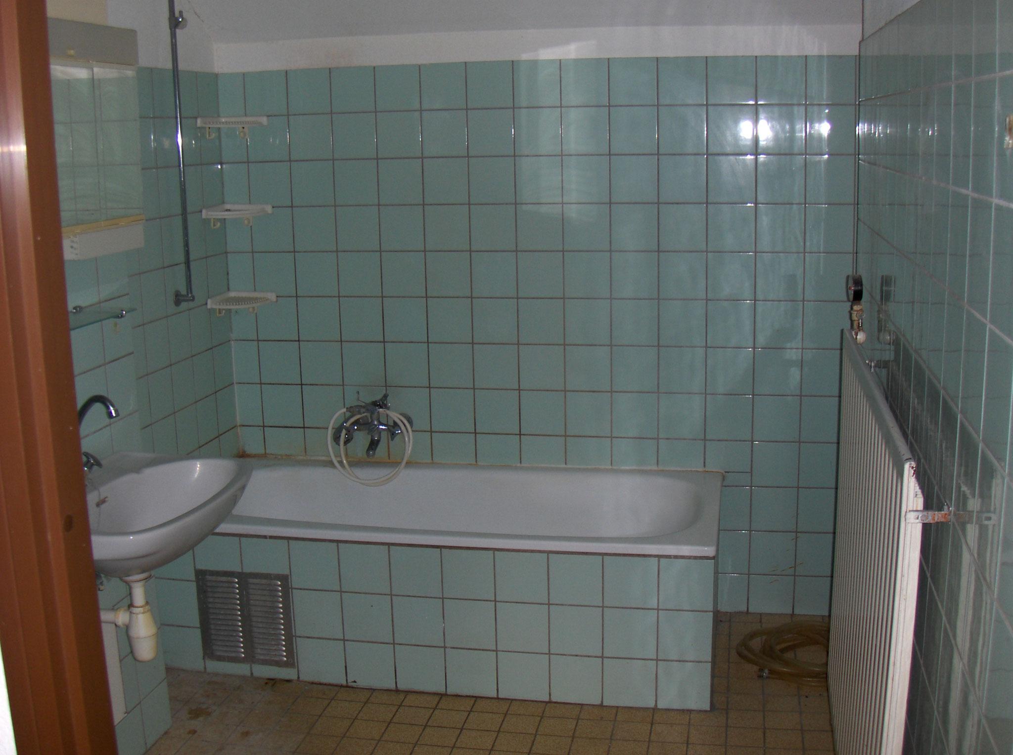 Renovatie Badkamer Knokke : Plaatsen dakkapel nieuwe badkamer te kwadendamme j f peeters zn