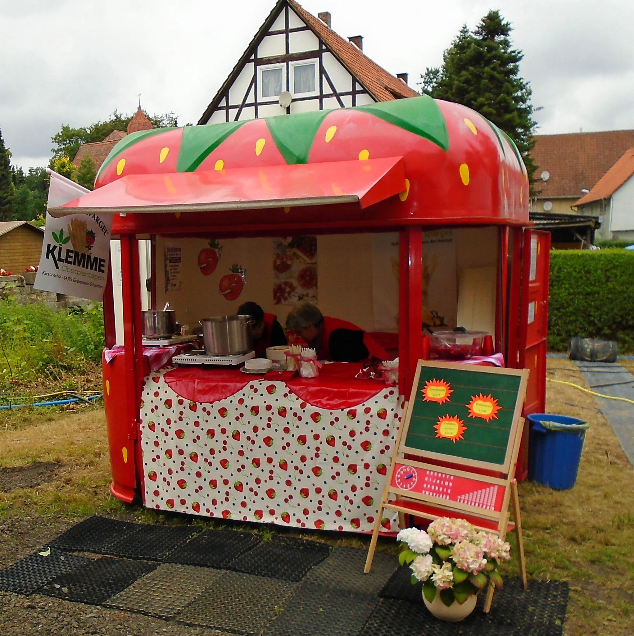 Spargelsuppe und Erdbeerbowle von Familie Klemme