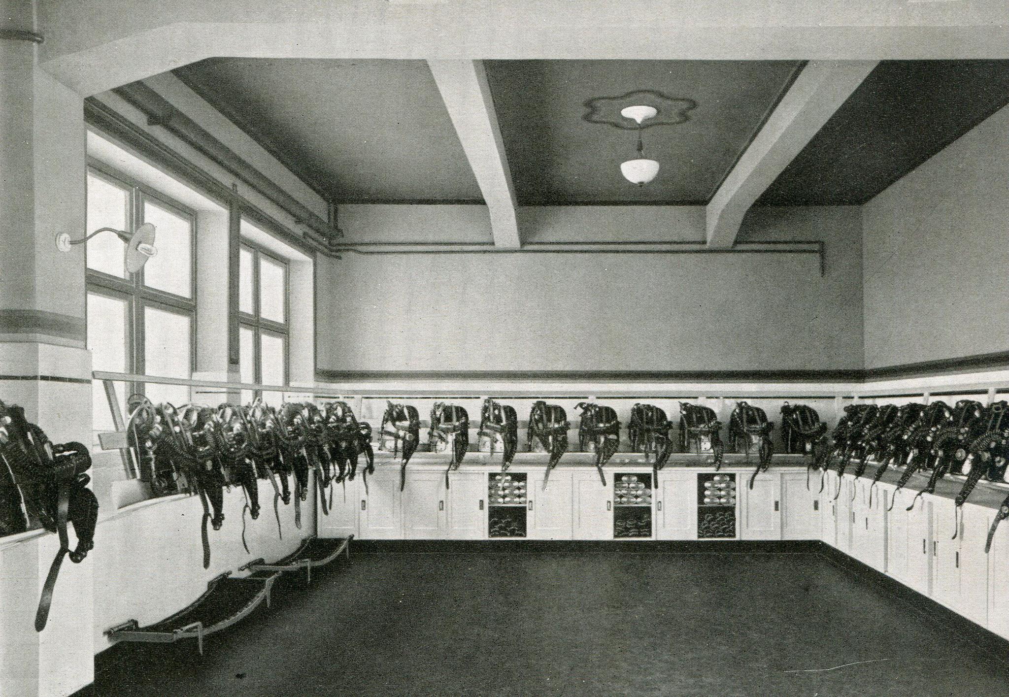 Hauptrettungslager Prosper 1 in Essen  1925  Gasschutzgeräte Modell 1924