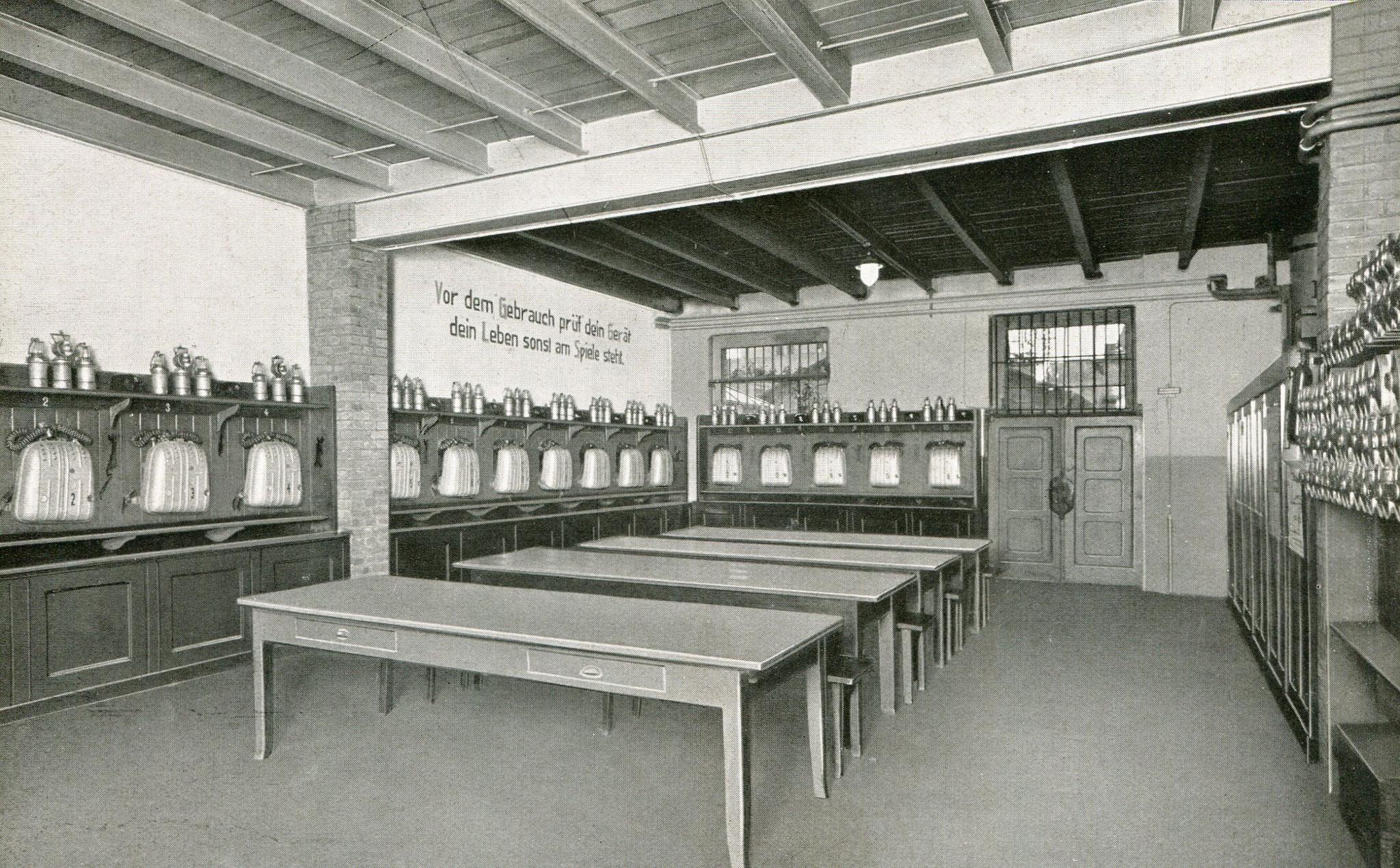Gasschutzgeräteraum Hohenzollerngrube in Beuthen  1936