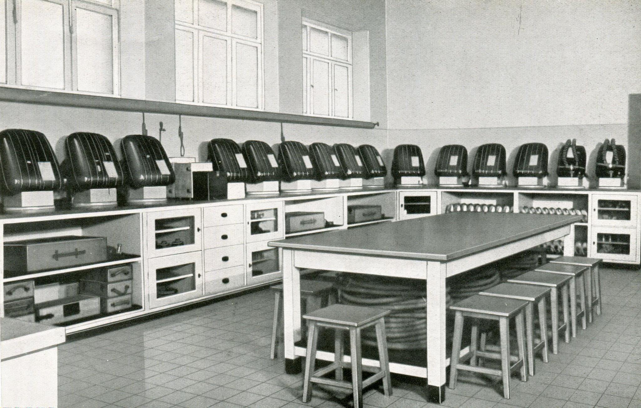 Hauptstelle Gasschutzgeräteraum Grubenrettungswesen Grube Maybach, Saar  1936