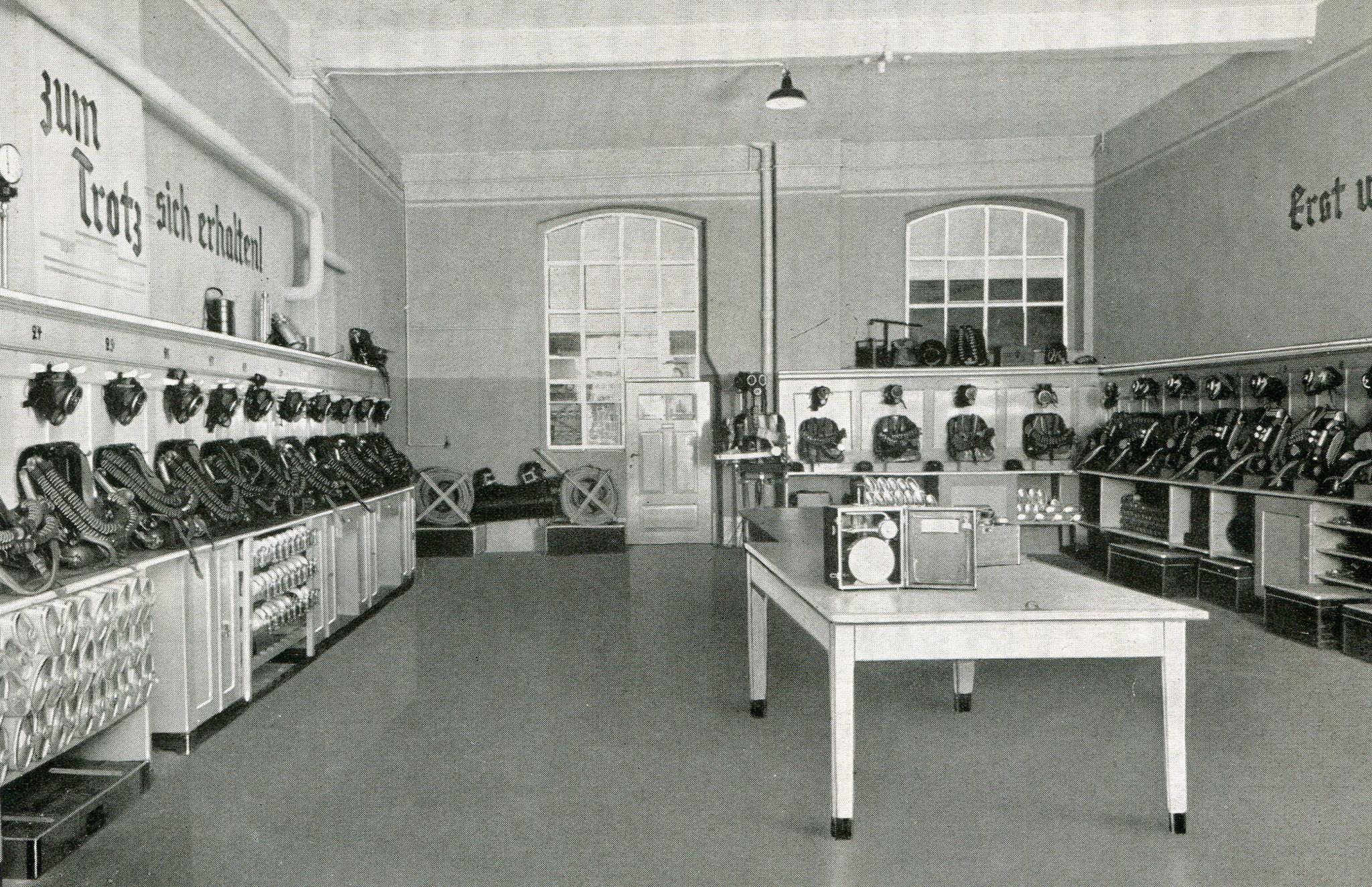 Hauptstelle Grubenrettungswesen in Waldenburg, Schleseien  1930