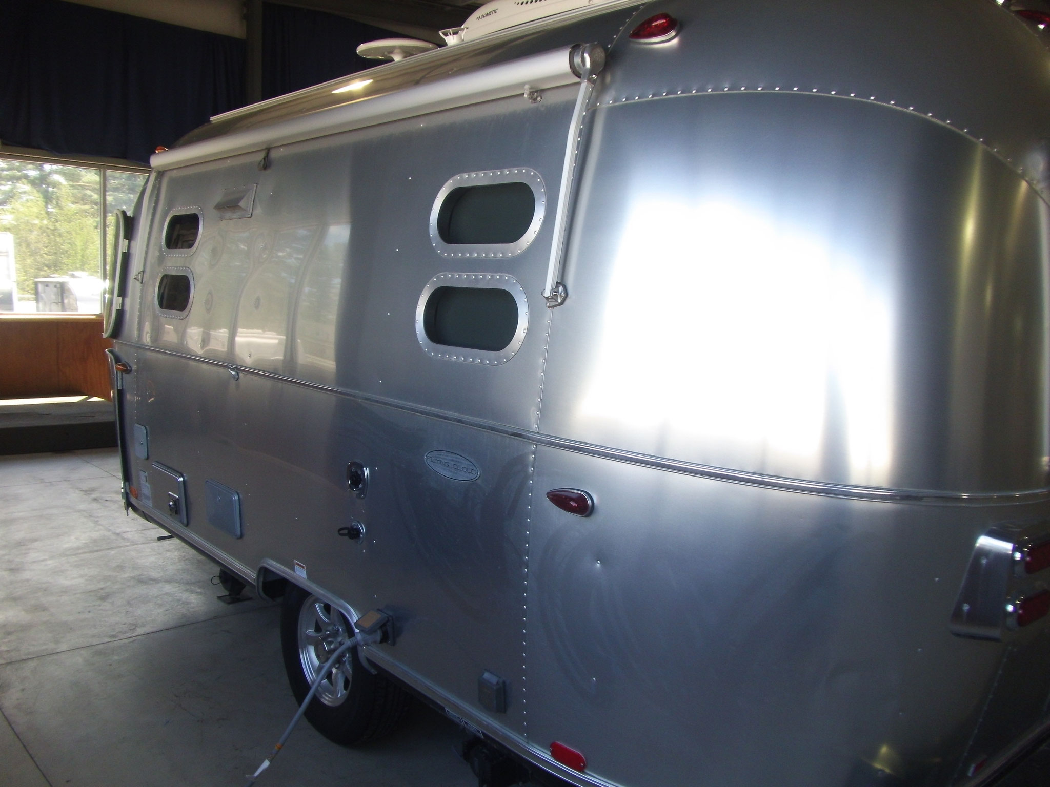 2018 Airstream Flying Cloud M 19cb Bunk Used Profile