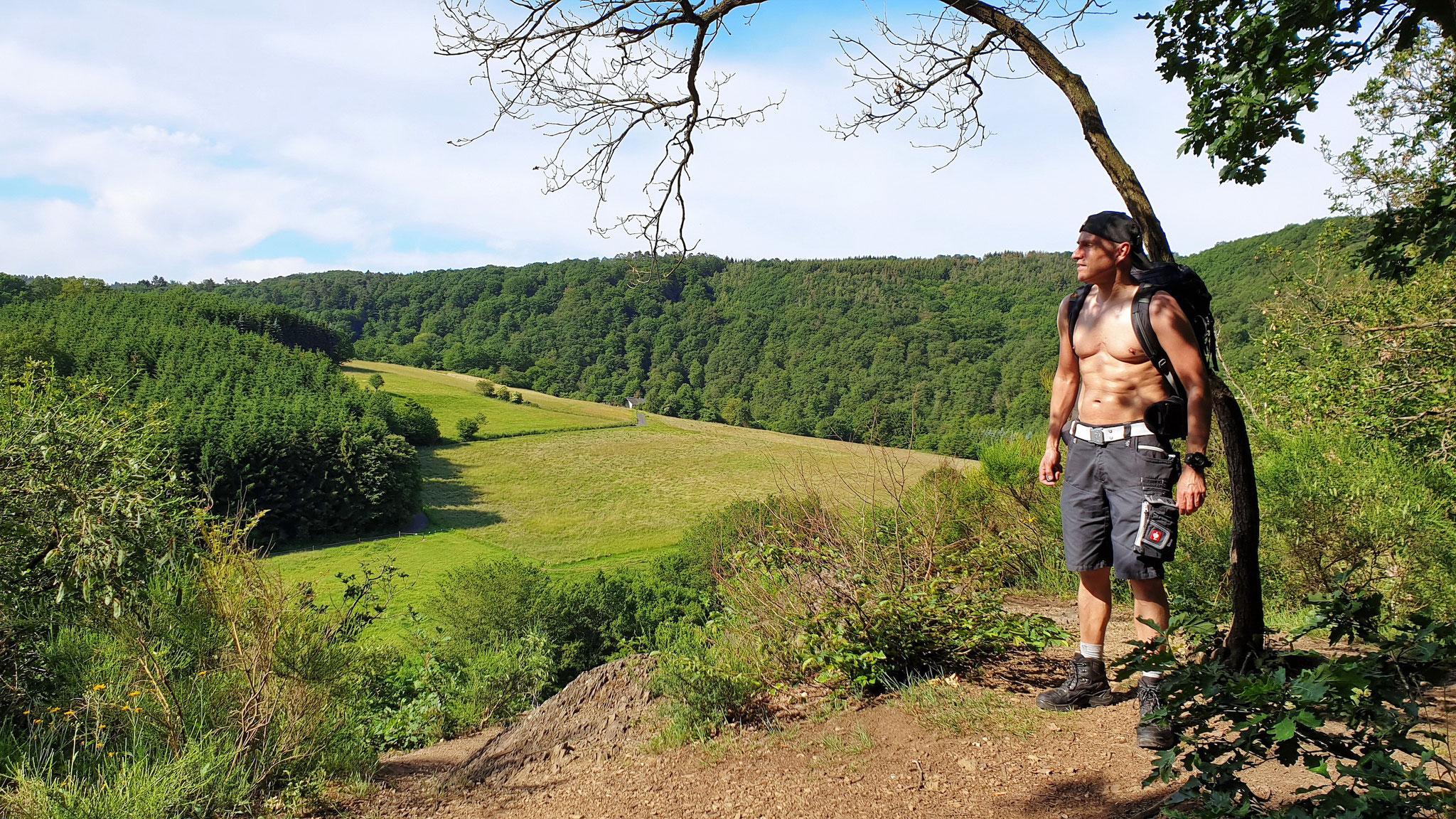 """Heute hatte ich einen tollen Wandertag im Westerwald, wobei ich auch am """"Weltende"""" war. Werde sicher mal wiederkommen!  Viele liebe Grüße Udo. 14.06.2019 18:52 Uhr"""
