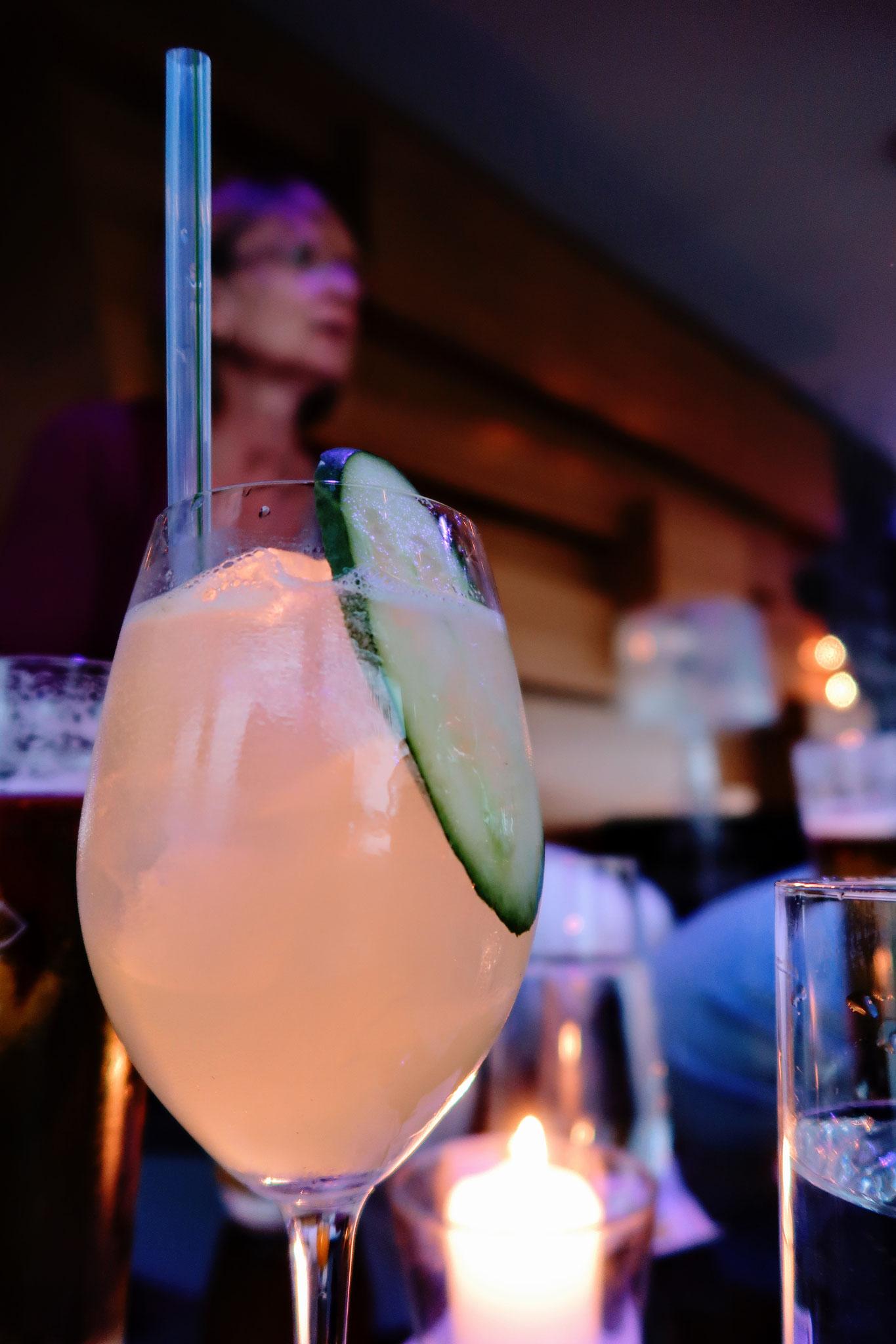 Cocktails über den Dächern der Stadt