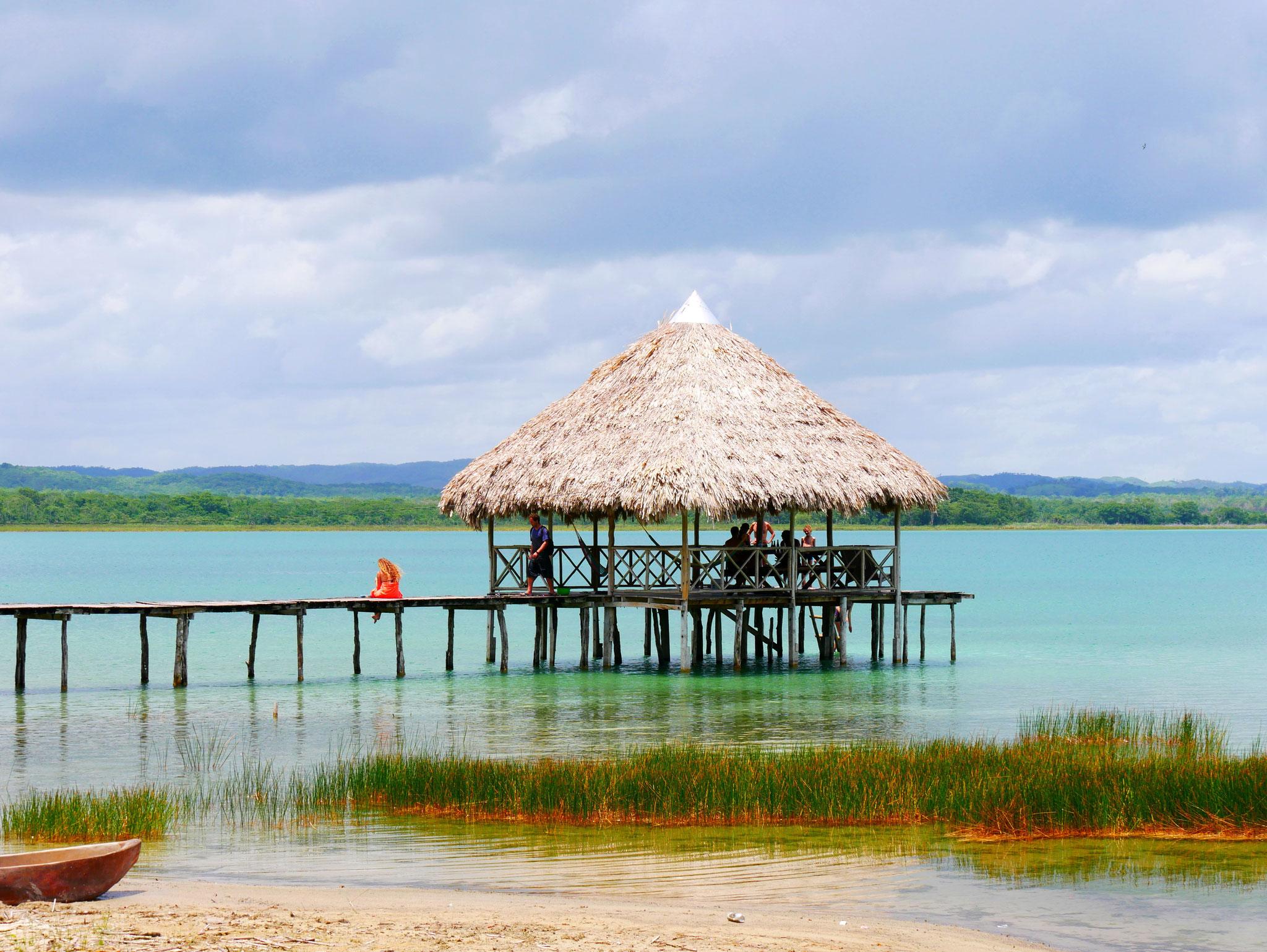 Lake Petén Itztá