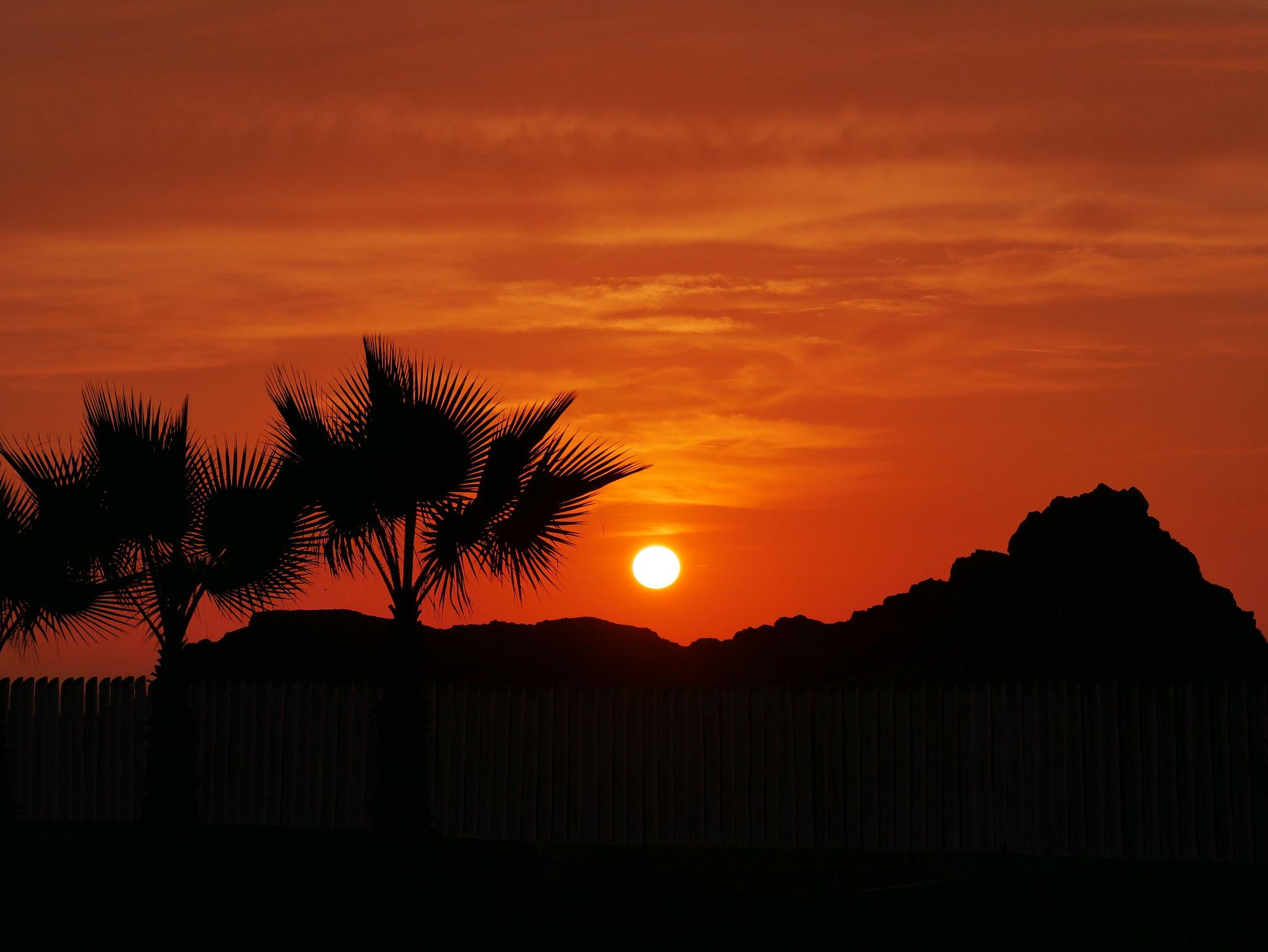 Sonnenuntergang in Medio Mundo