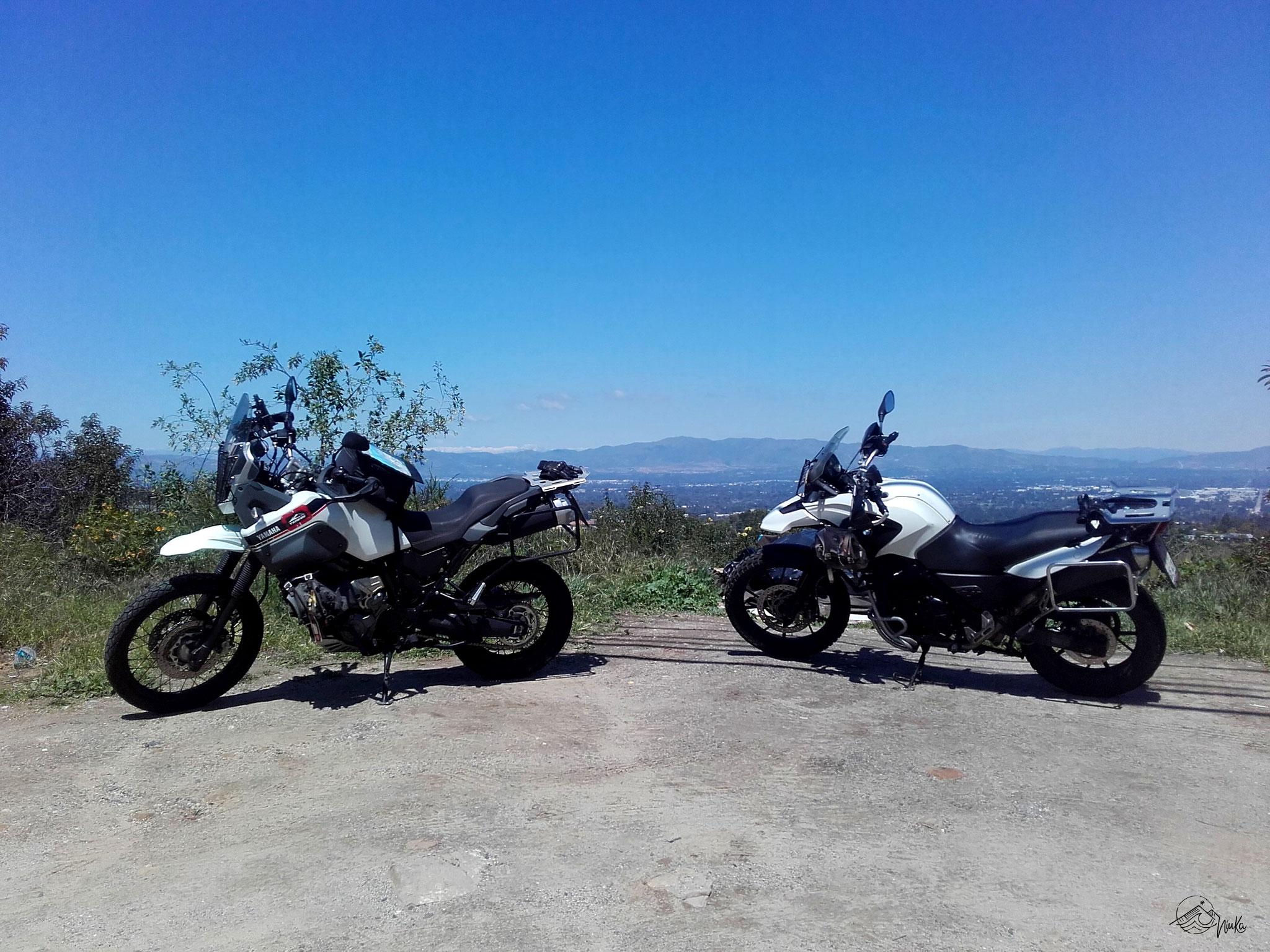 Motorradtour entlang des Mullholland Drive