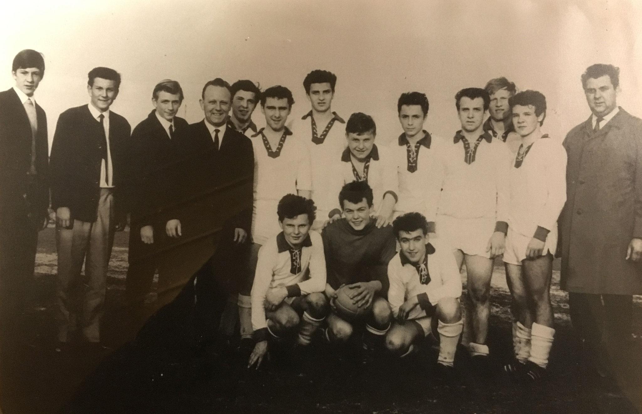 Die A-Jugend der SpVgg Ziegetsdorf wird Oberpfalzmeister 1965