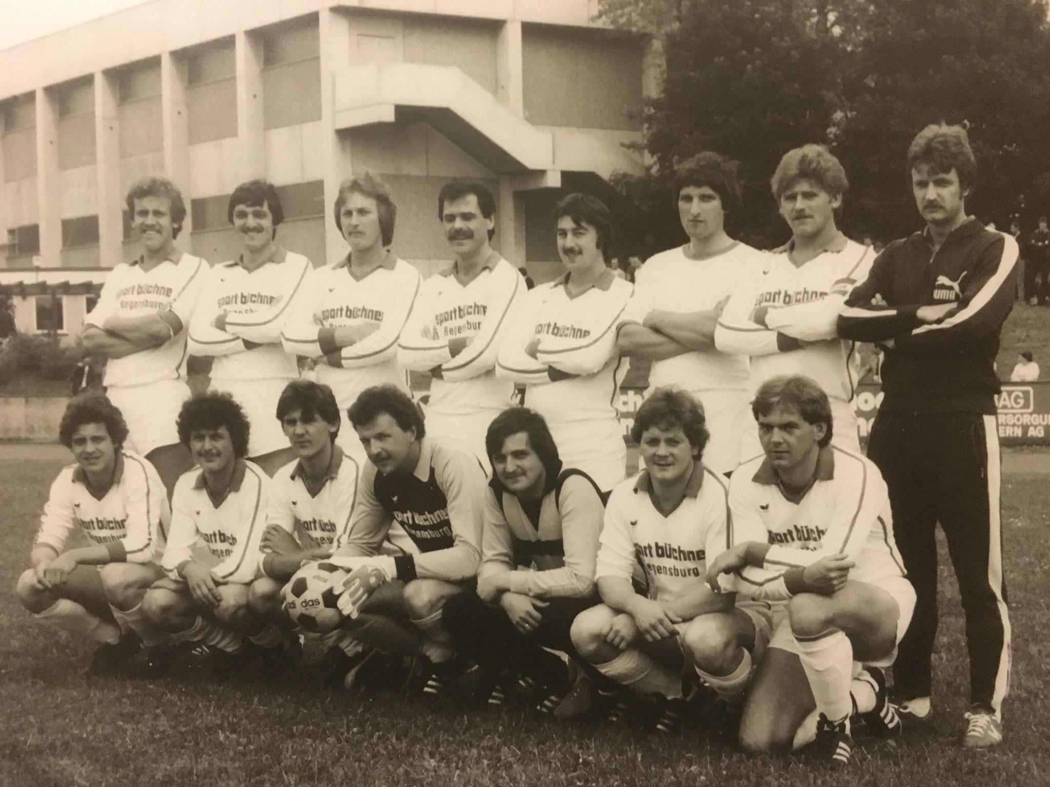 Die SpVgg Ziegetsdorf wird unter Trainer Karl-Heinz Bley Meister in der Saison 1979/80