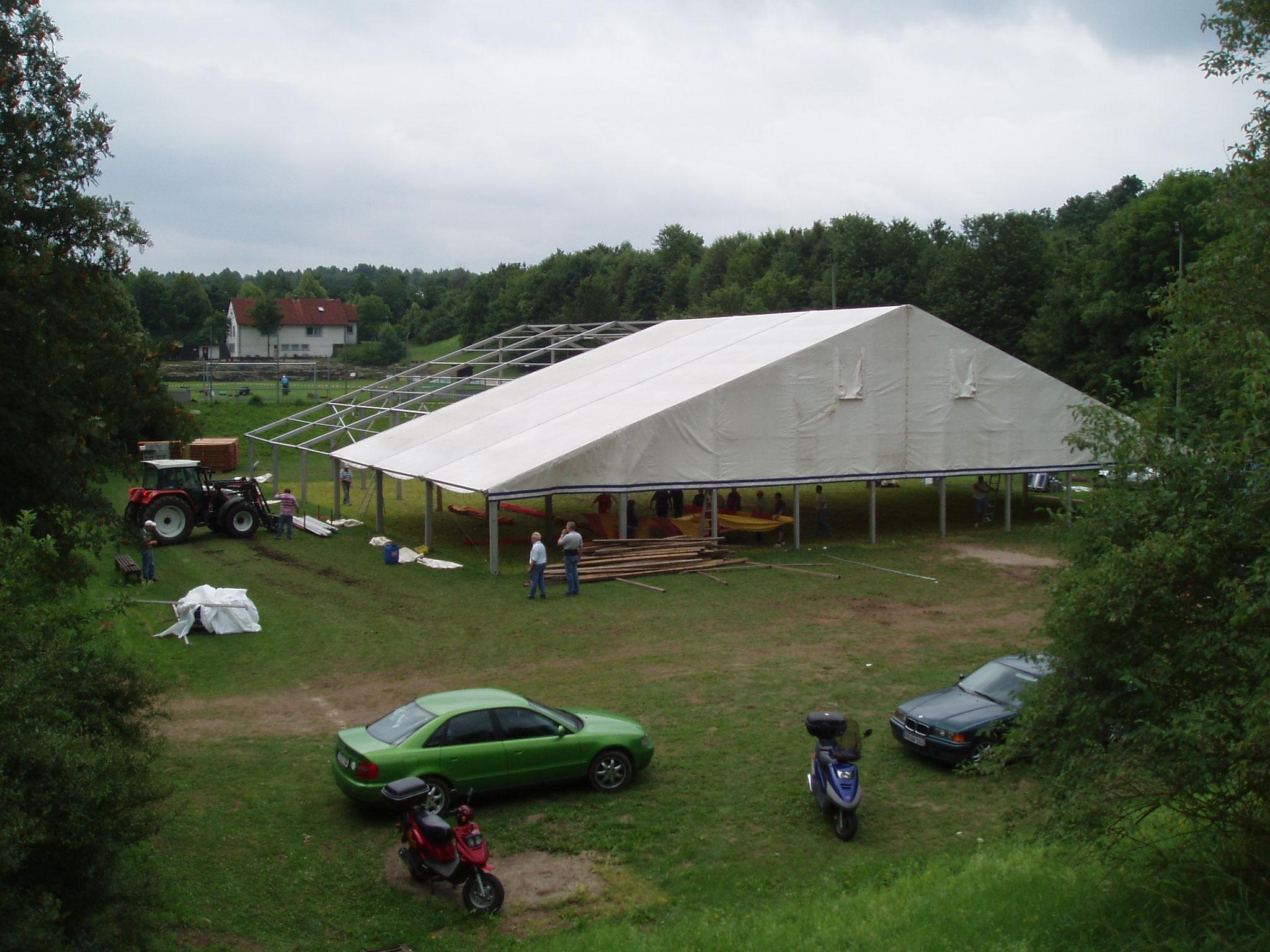 Das Bierzelt zum 70-jährigen Bestehen der SpVgg Ziegetsdorf. Es wurde alleine durch unsere Mitglieder aufgebaut!