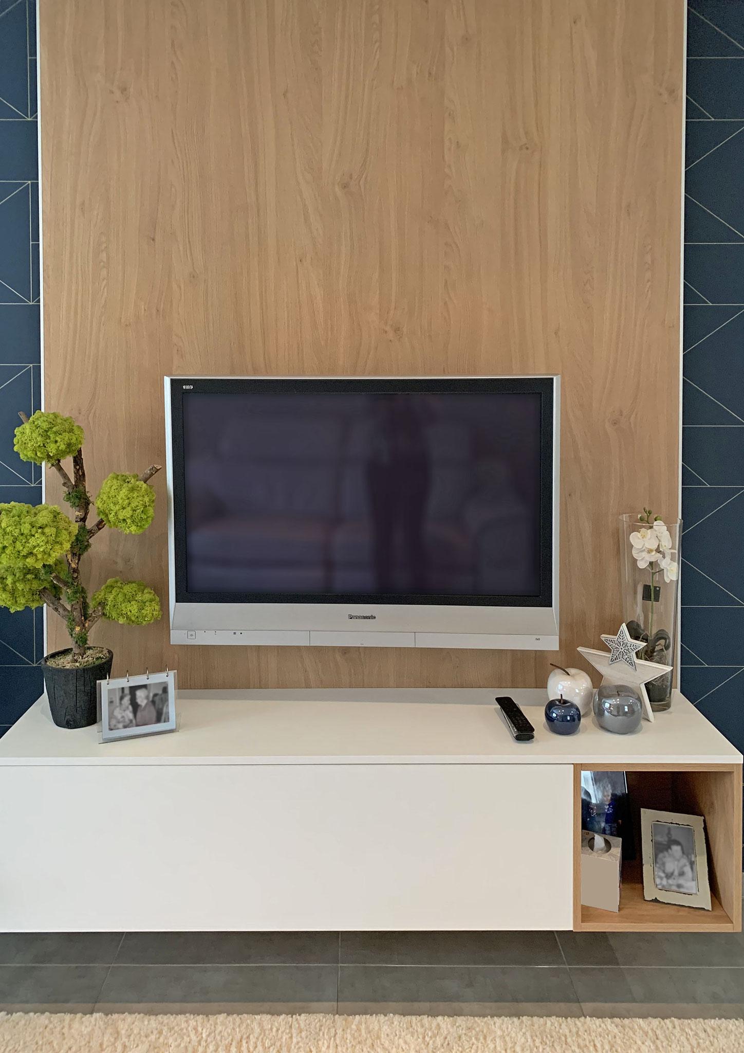 Conception d'un meuble TV suspendu sur panneau bois