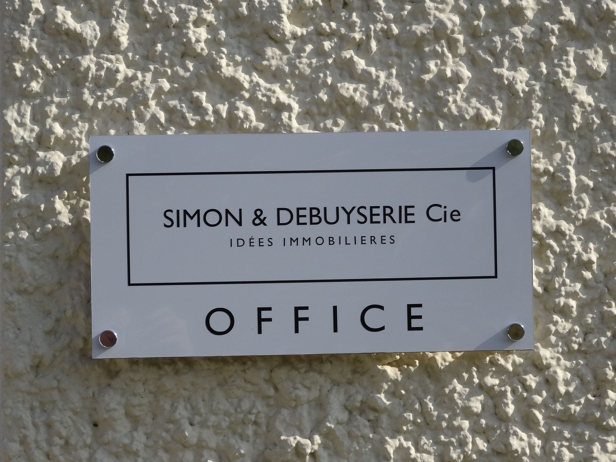 SIMON & DEBUYSERIE Cie : IDEES IMMOBILIERES