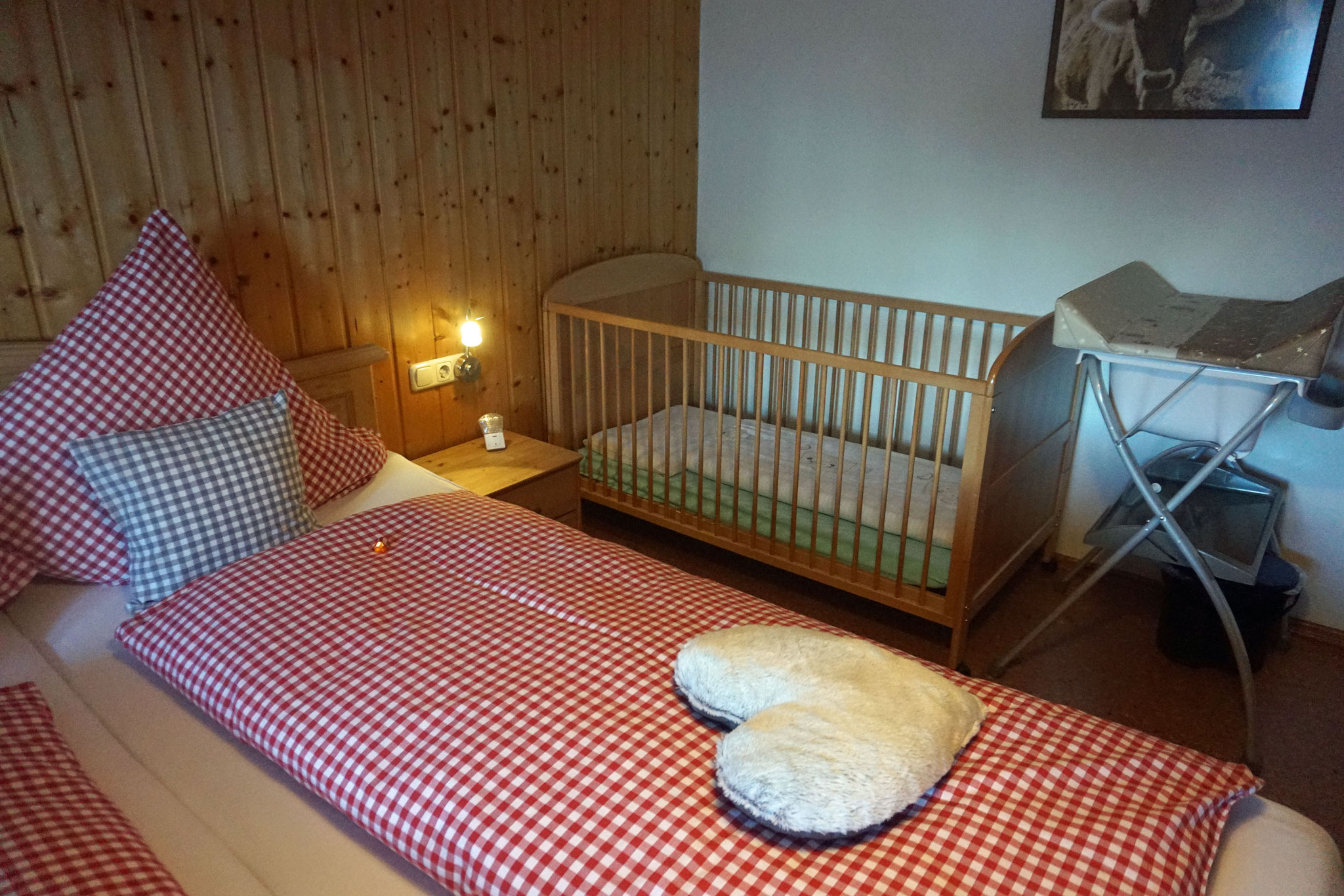 Platz genug für ein Babybett
