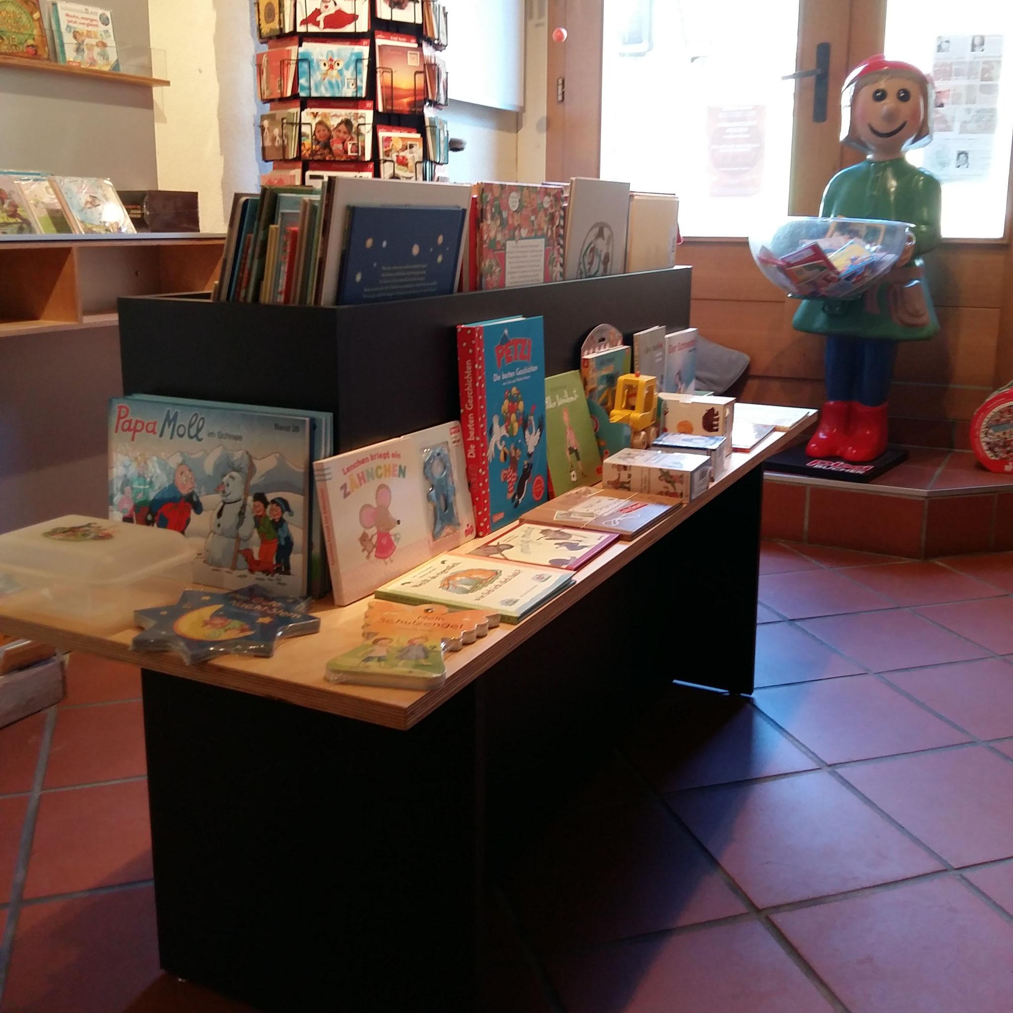 Ladeneinrichtung Bücherladen