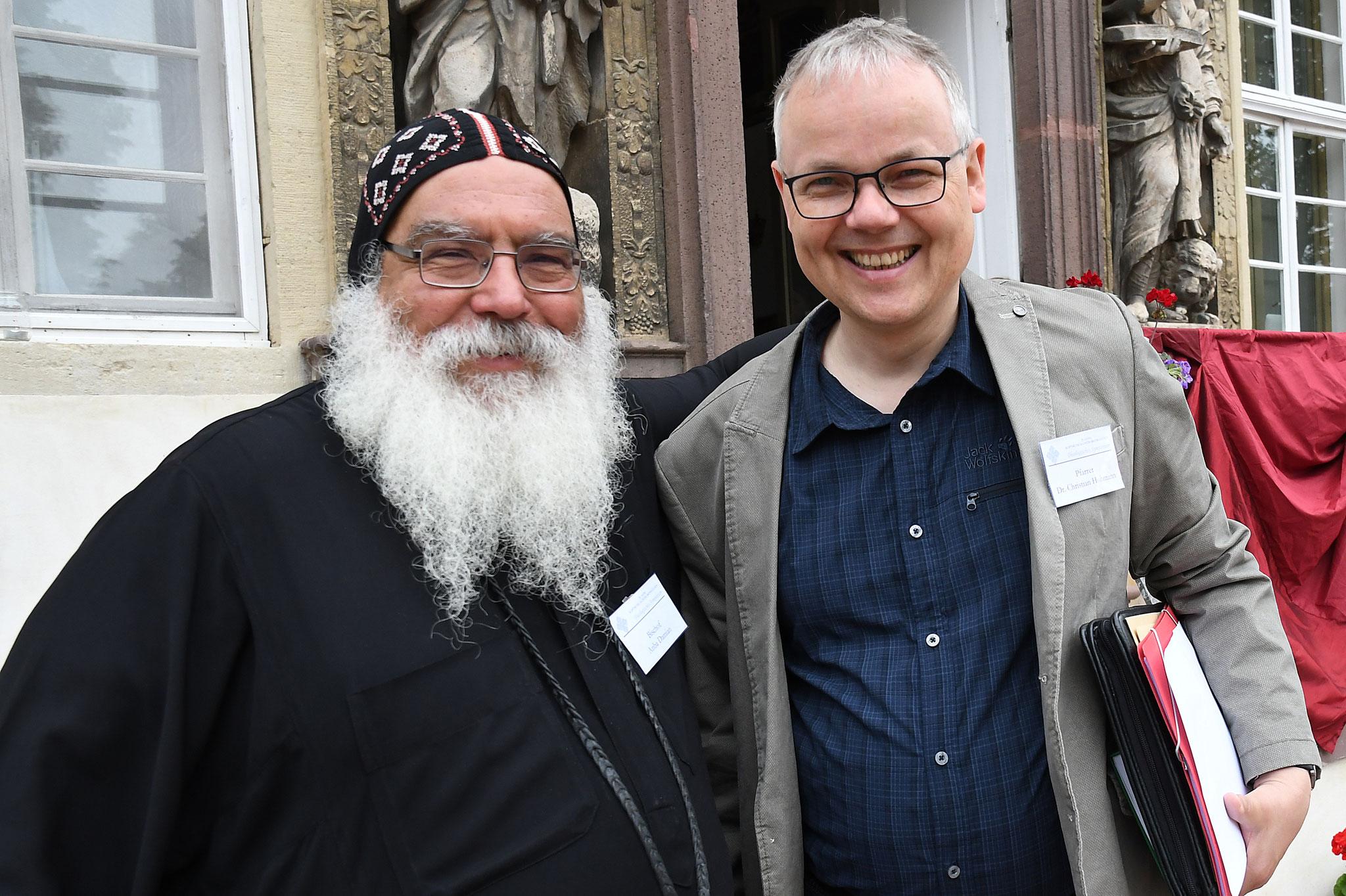 S.E. Bischof Anba Damian und Pfarrer Dr. Christian Hohmann. Foto: Maria Hopp