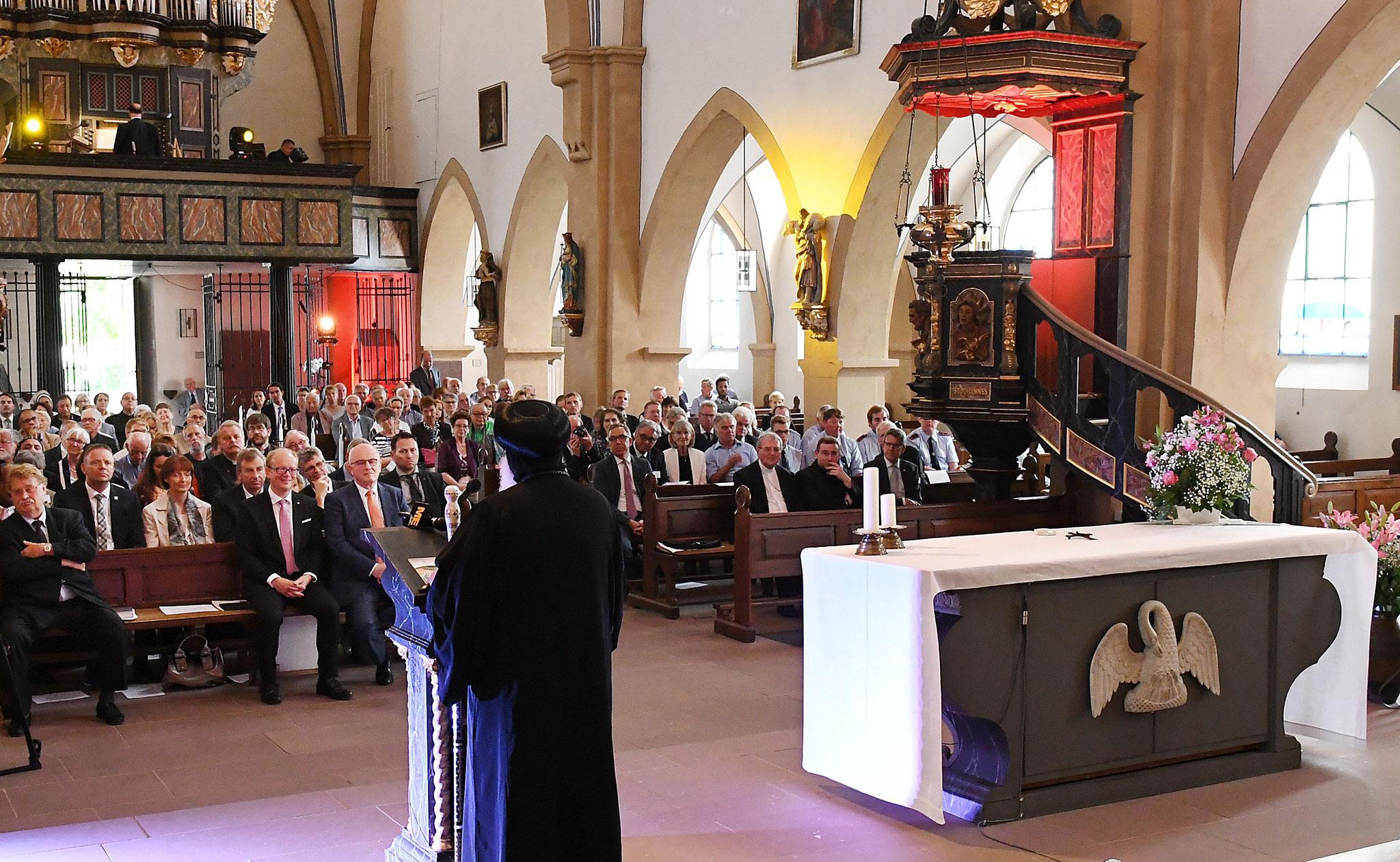 Festakt in der katholischen Pfarrkirche St. Johannes Baptist. Foto: Maria Hopp