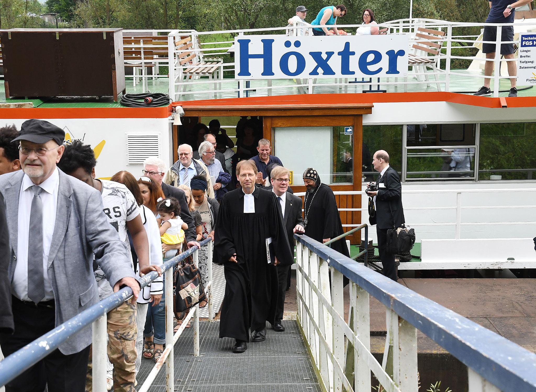 Ankunft der Flotte Weser in Höxter. Foto: Maria Hopp