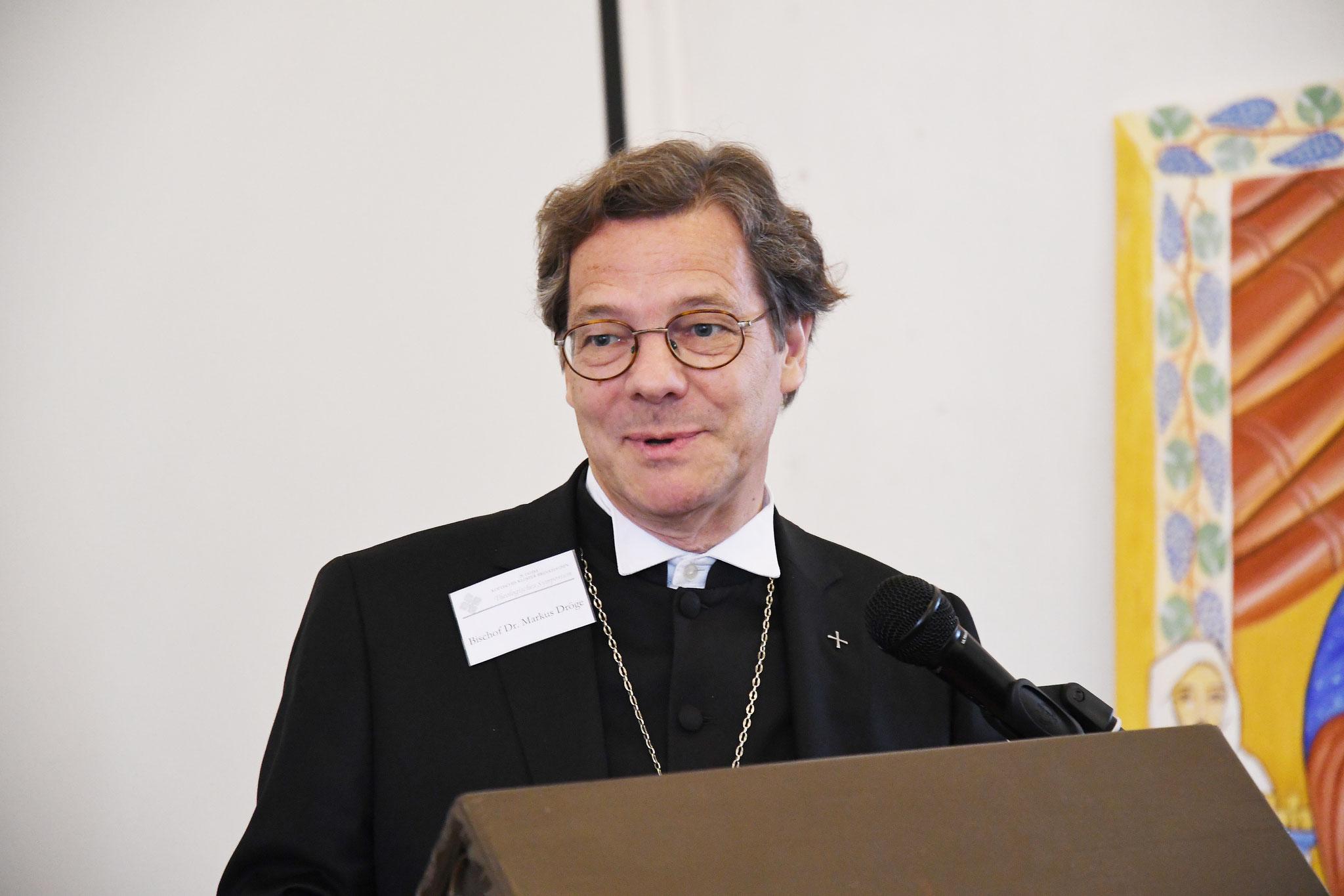 Grußworte von Bischof Dr. Dr. h.c. Markus Dröge. Foto: Maria Hopp