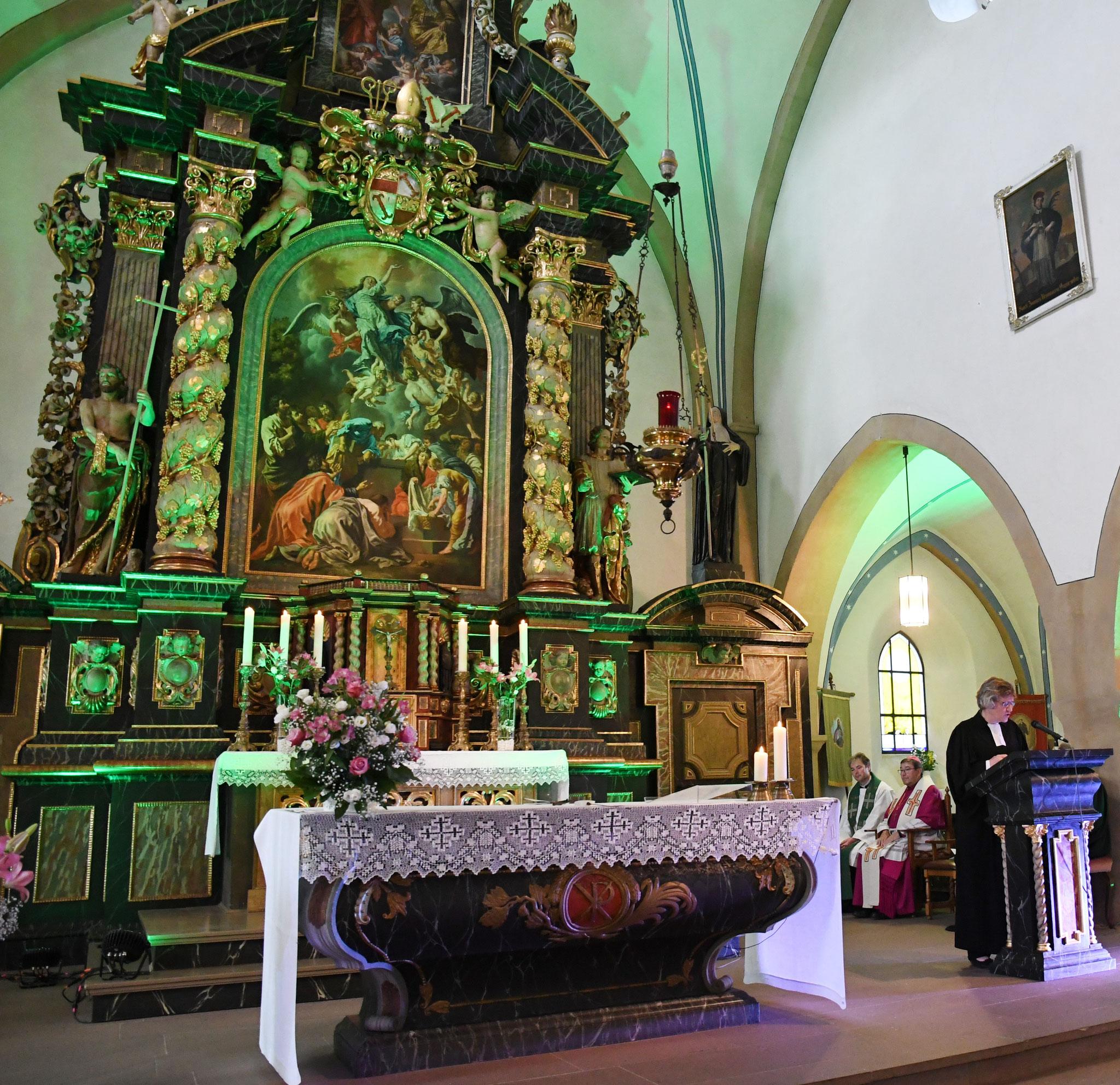 Predigt der Pfarrerin Annette Muhr-Nelson. Foto: Maria Hopp
