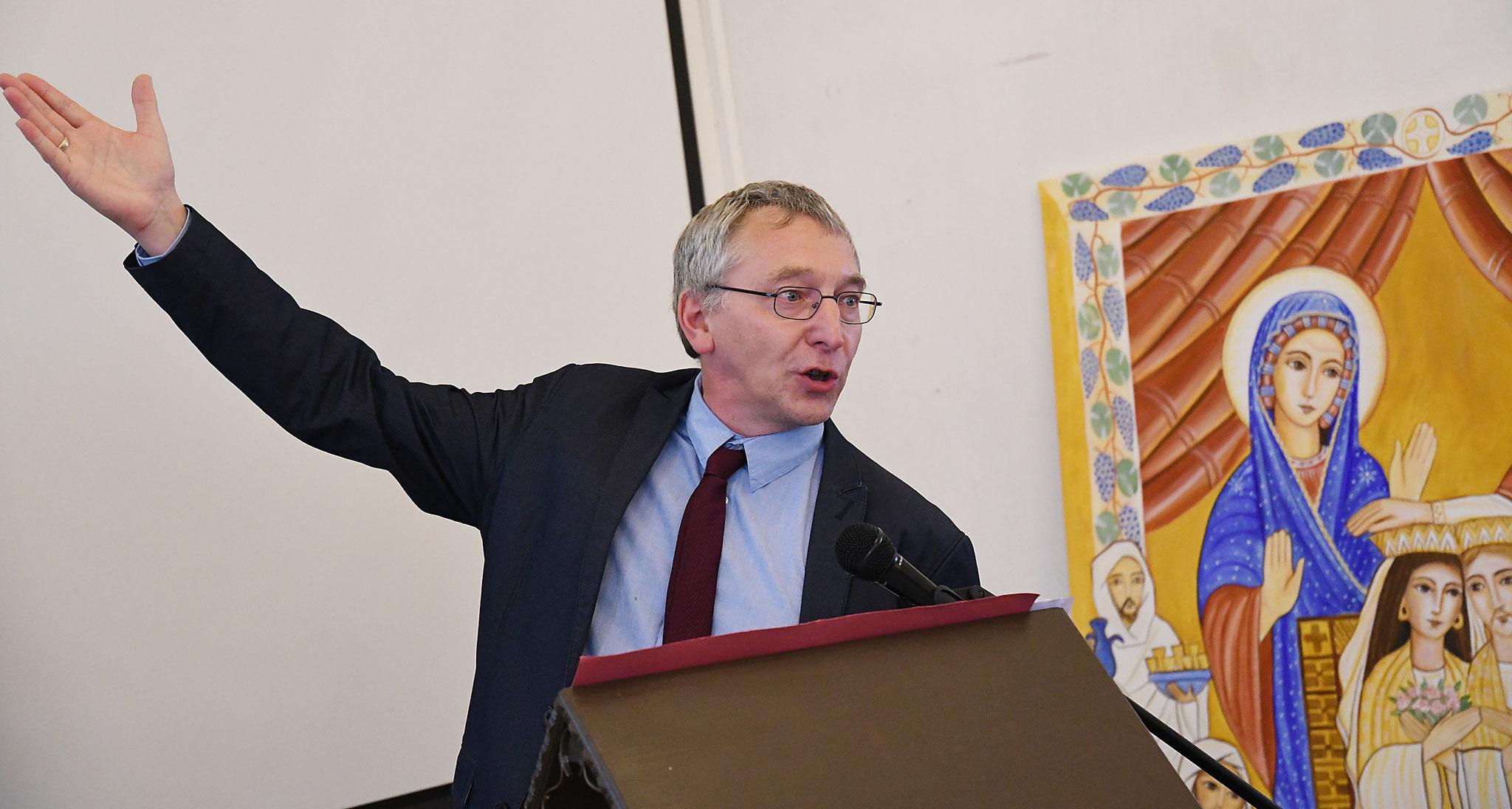 Vortrag von Prof. Dr. Siegfried Richter. Foto: Maria Hopp