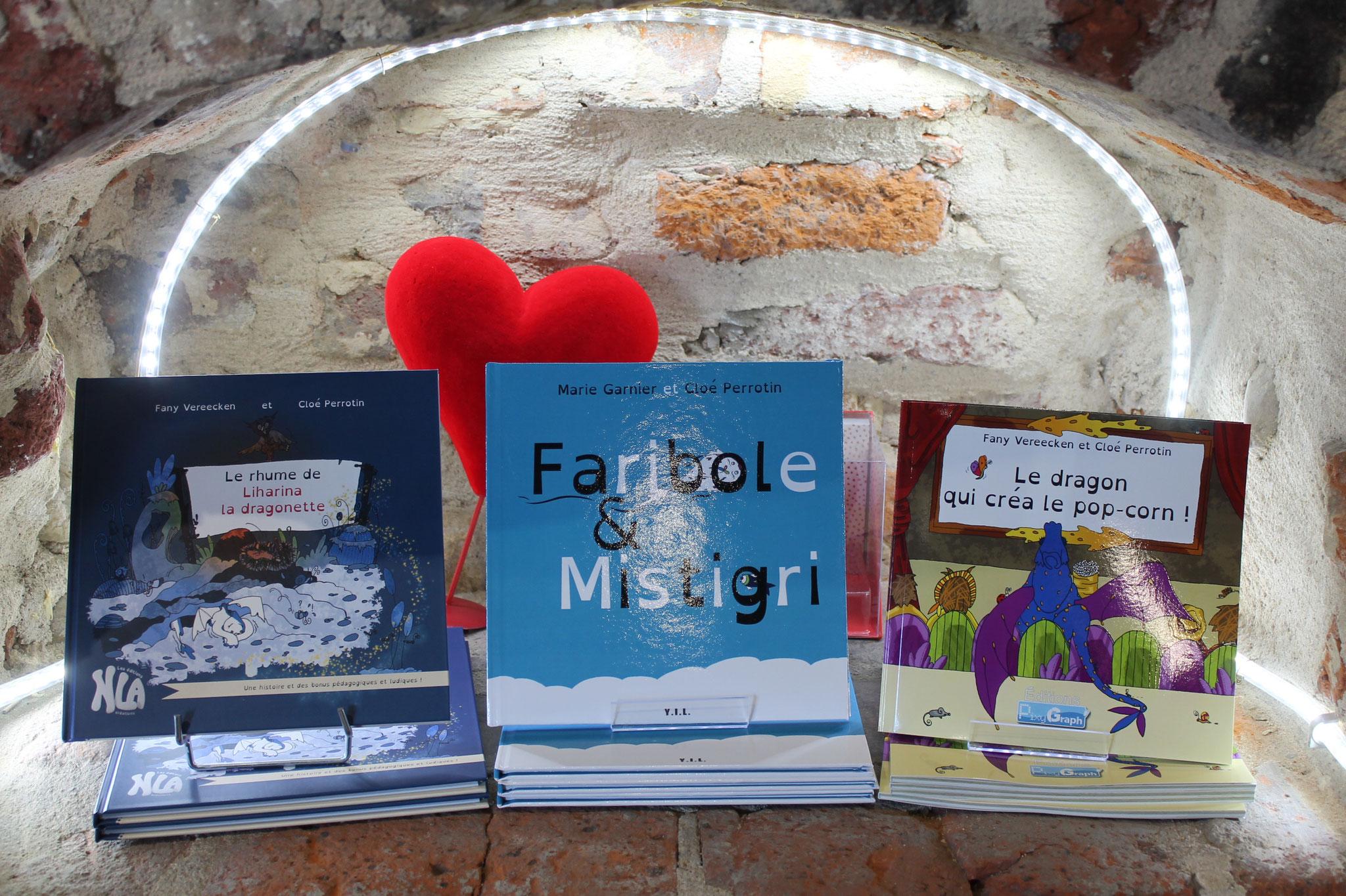 Livres de Cloé Perrotin en dédicace à la librairie La Nouvelle Page