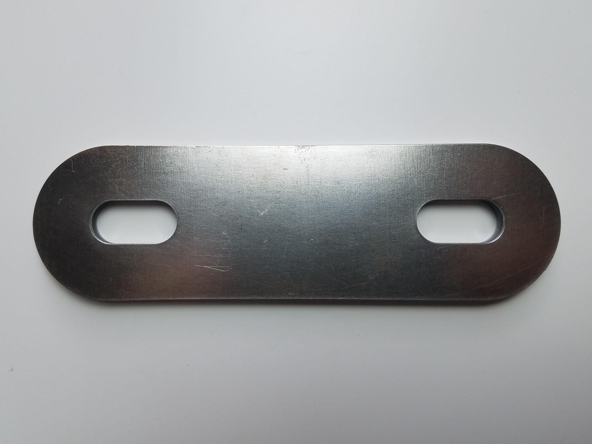 SS400 t=6㎜ 酸化被膜除去ディスクにて加工後、表面もきれいです。
