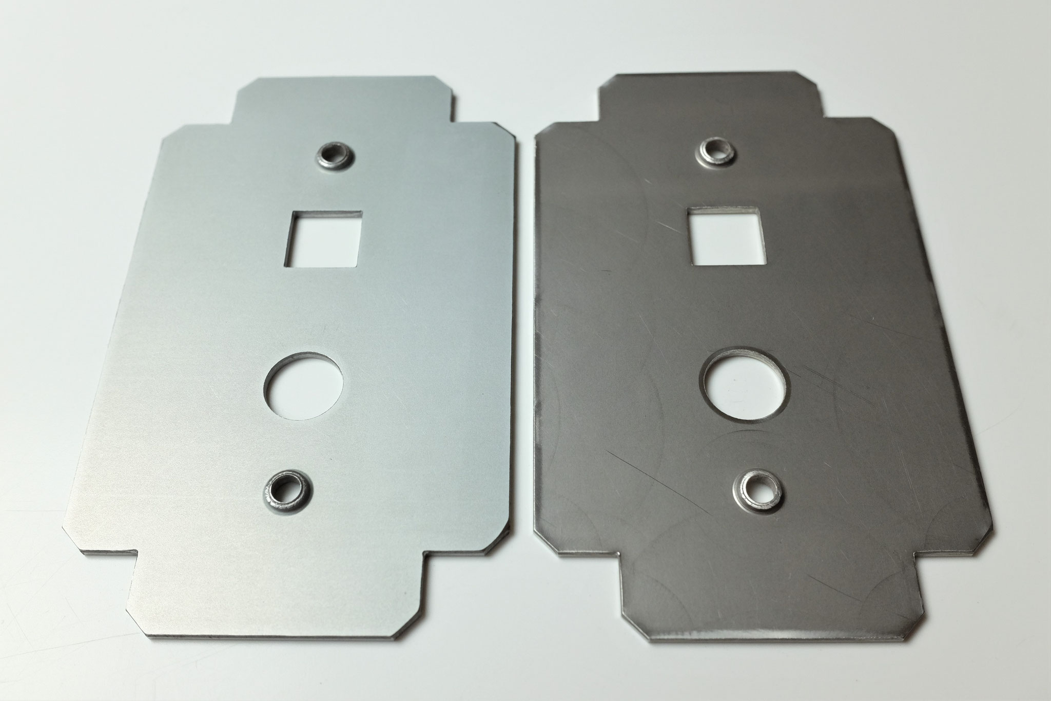 ボンデ鋼板・SUS304 2B キズ無し加工も可能。