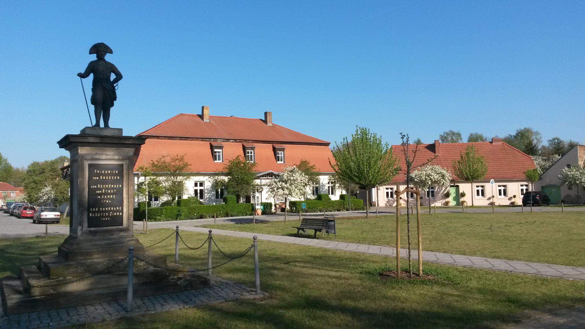 Hotel Alte Försterei am König-Friedrich-Platz in Kloster Zinna