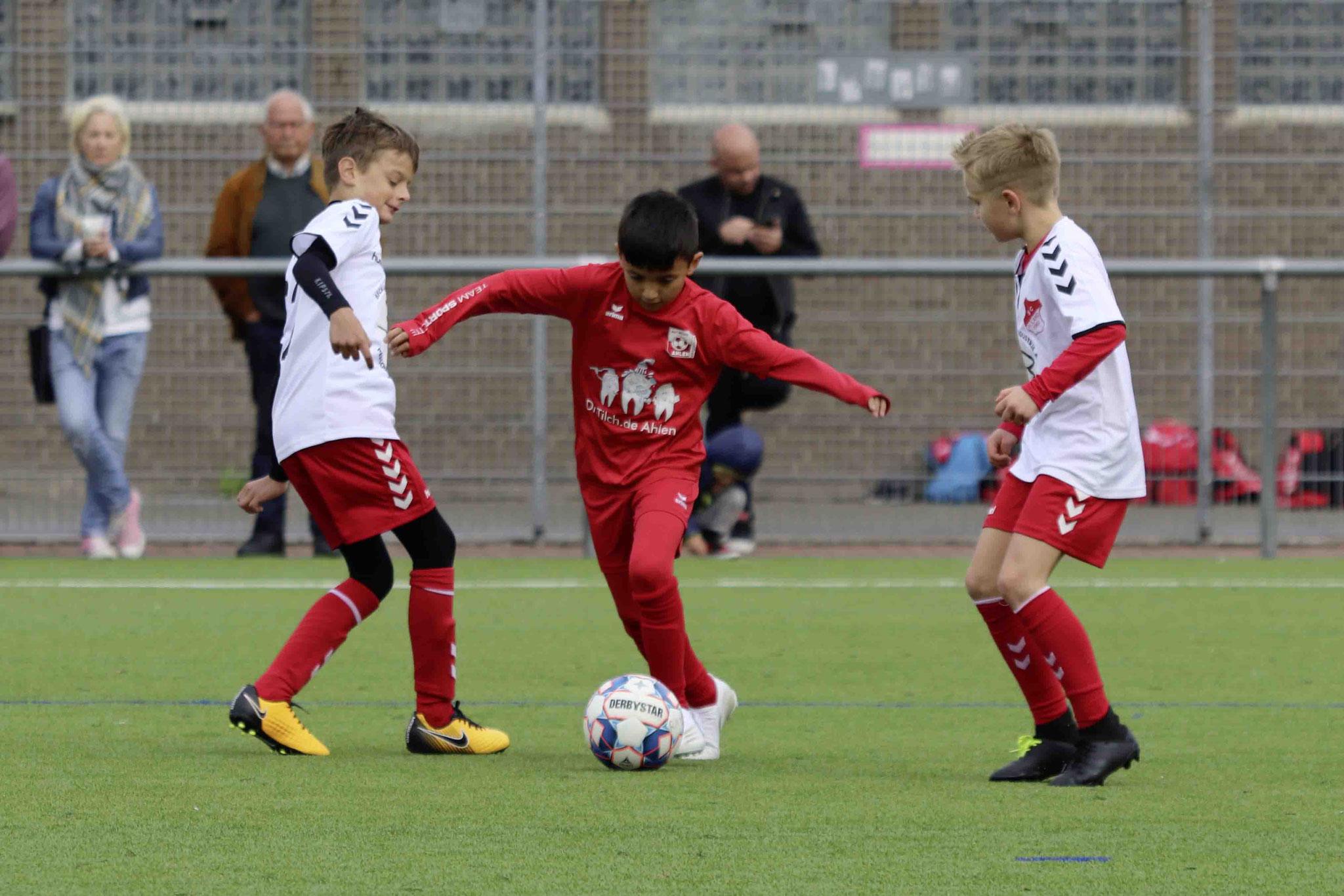 Rot Weiss Ahlen U10 gegen SC Roland