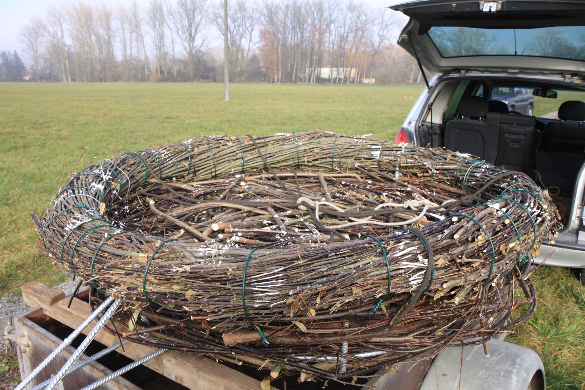 """fertiges Nest mit """"Gebrauchsspuren"""" (Foto: B. Budig)"""