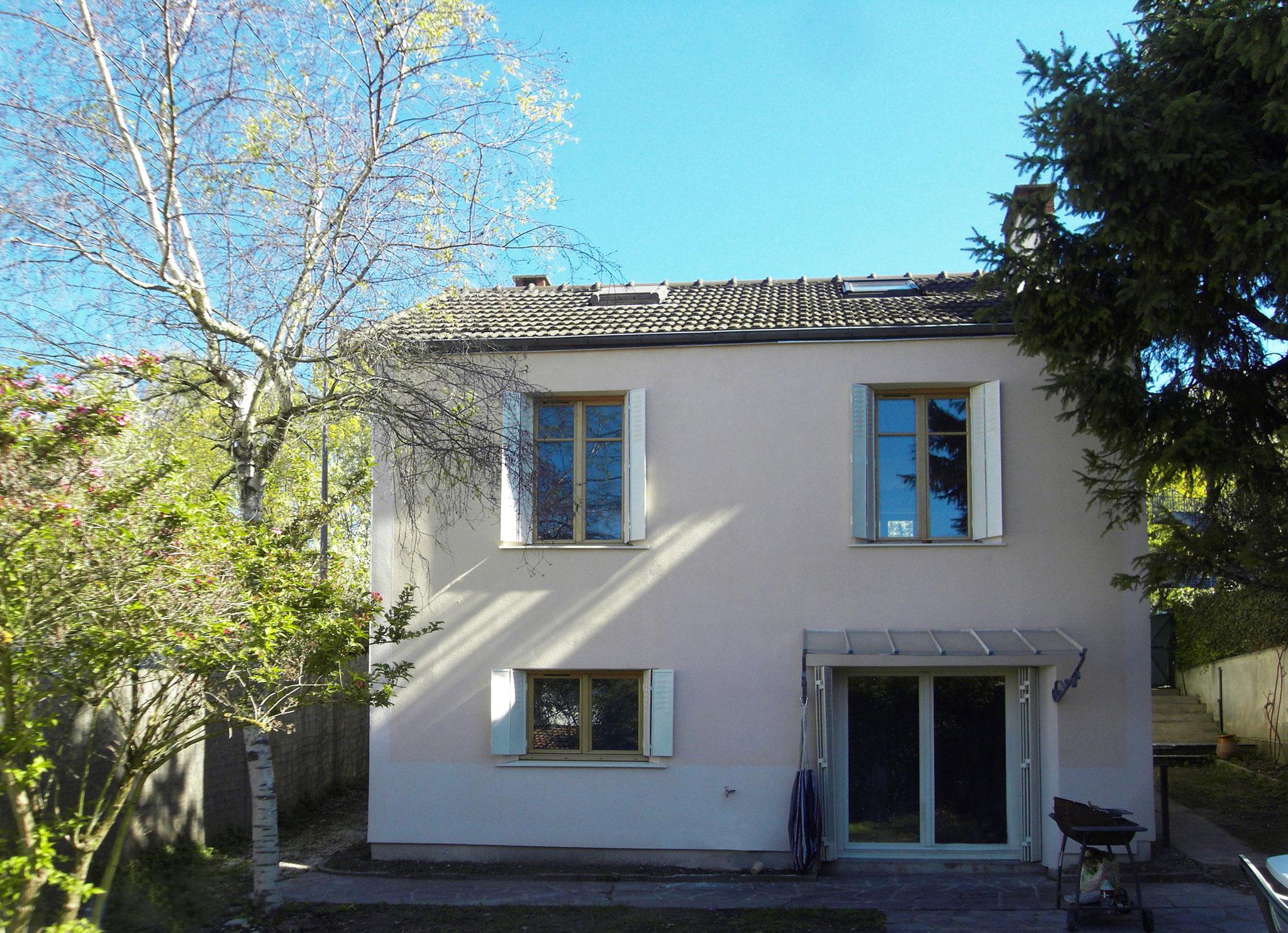 La façade sur jardin