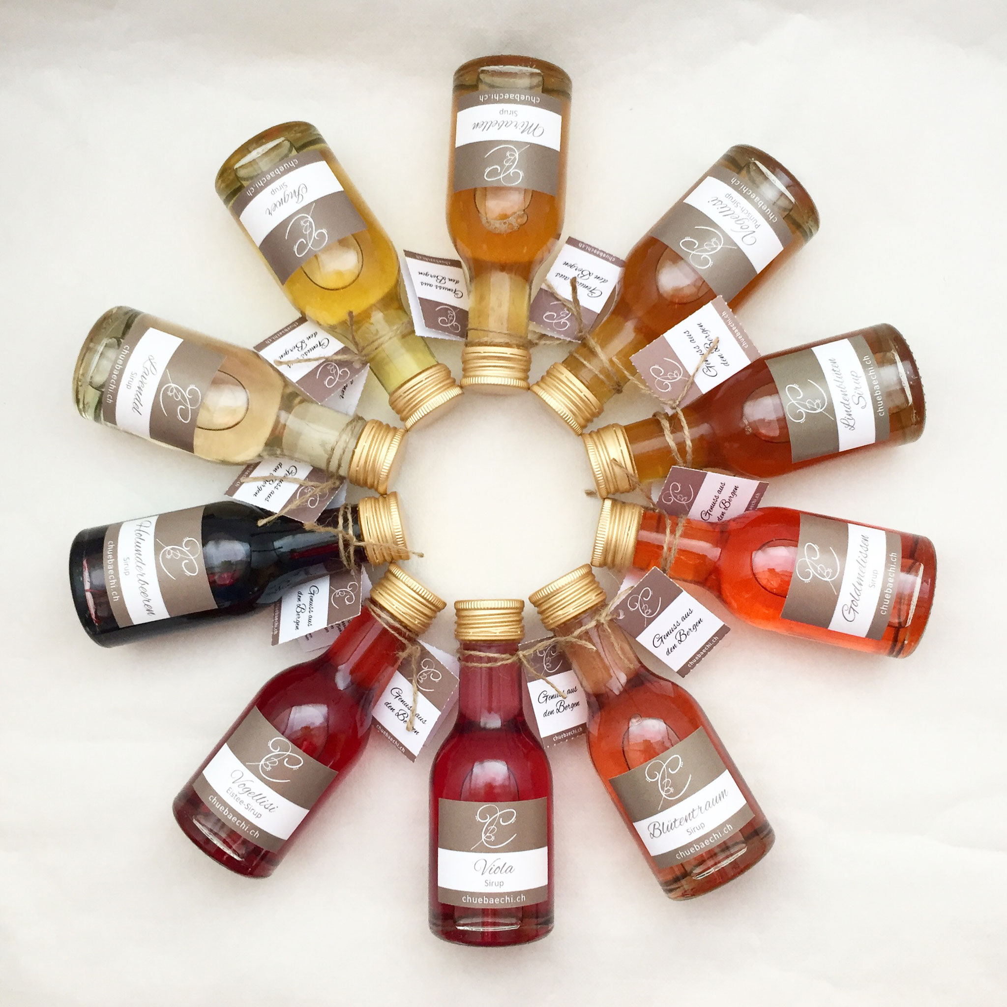 Spezialitäten Sirup in vielen verschiedenen Farben