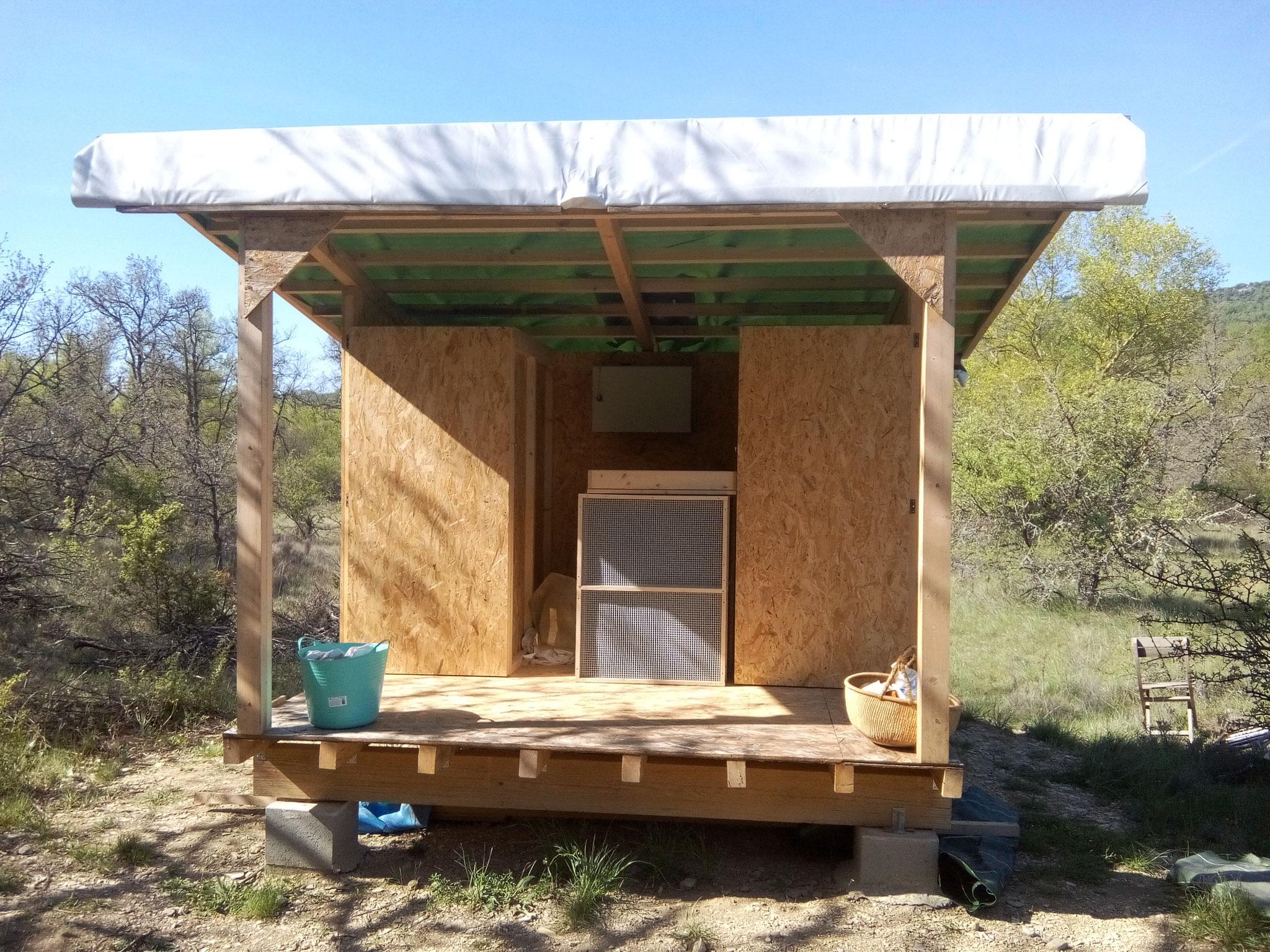 Séchoir solaire / vue intérieure